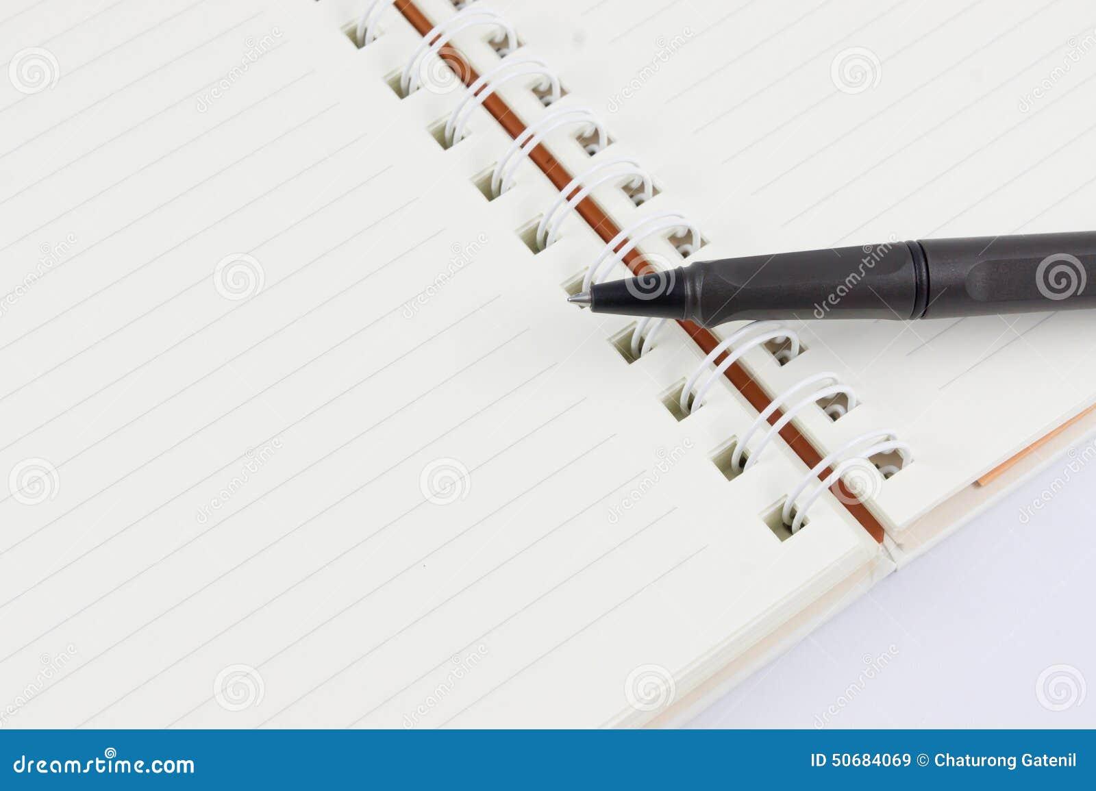 Download 笔记本和黑笔 库存图片. 图片 包括有 学院, 对象, 空白的, 办公室, 橙色, 投反对票, 填充, 附注 - 50684069