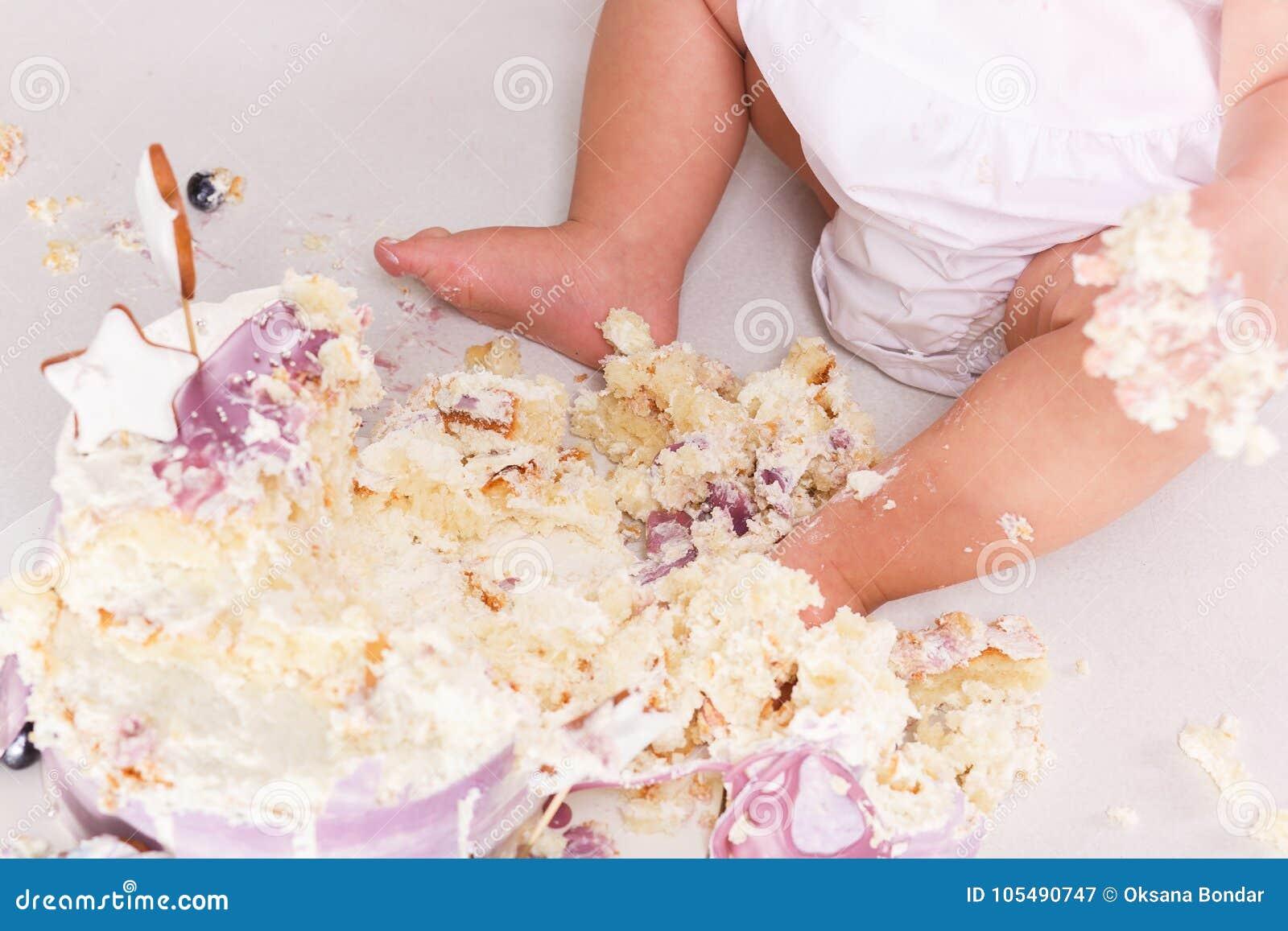 第一生日抽杀蛋糕 在腿的奶油 关闭上色百合软的查阅水