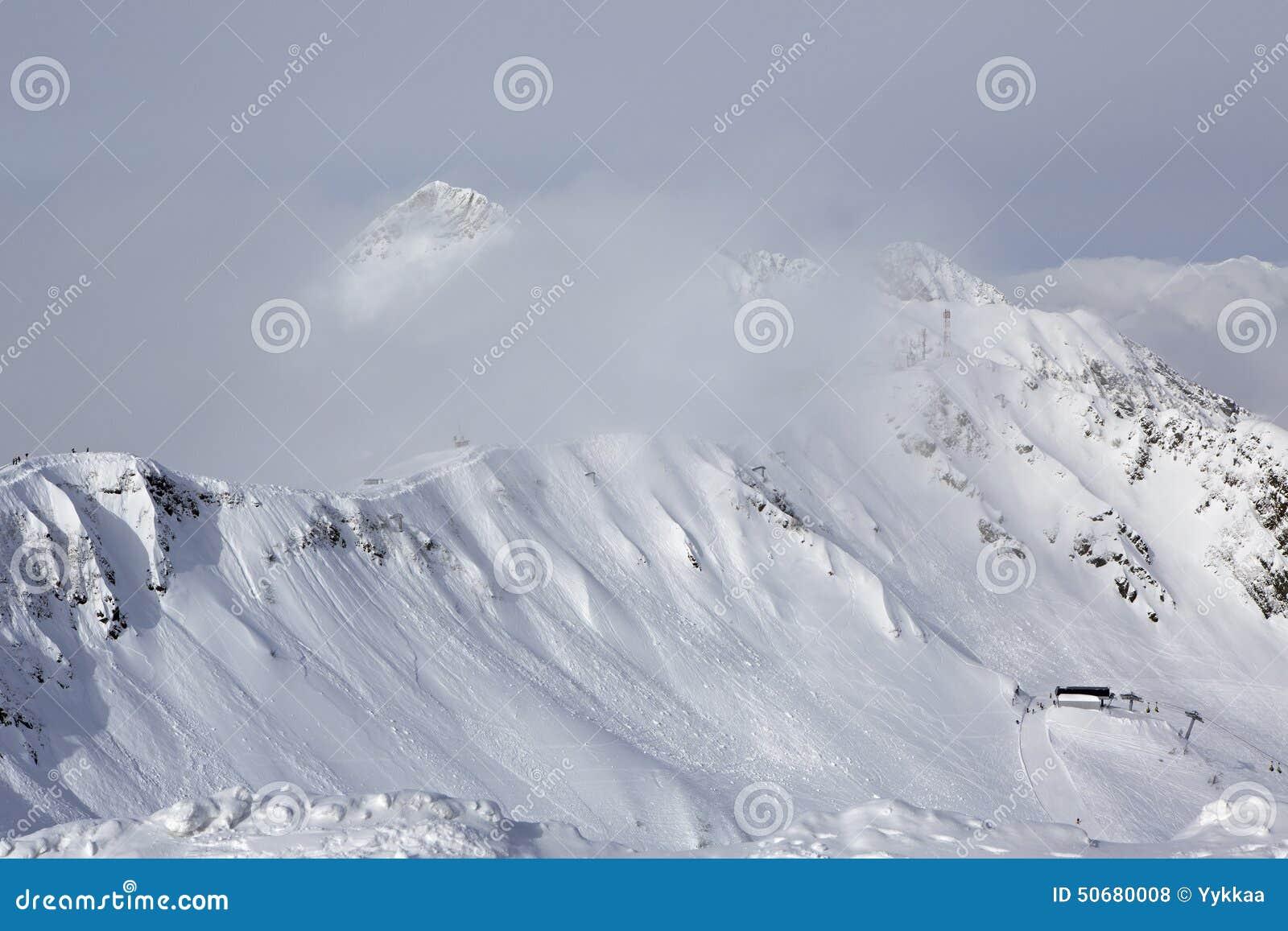 Download 第三高峰Aigbi在高加索山脉 库存照片. 图片 包括有 横向, 俄国, 体育运动, 休闲, 本质, 旅游业 - 50680008