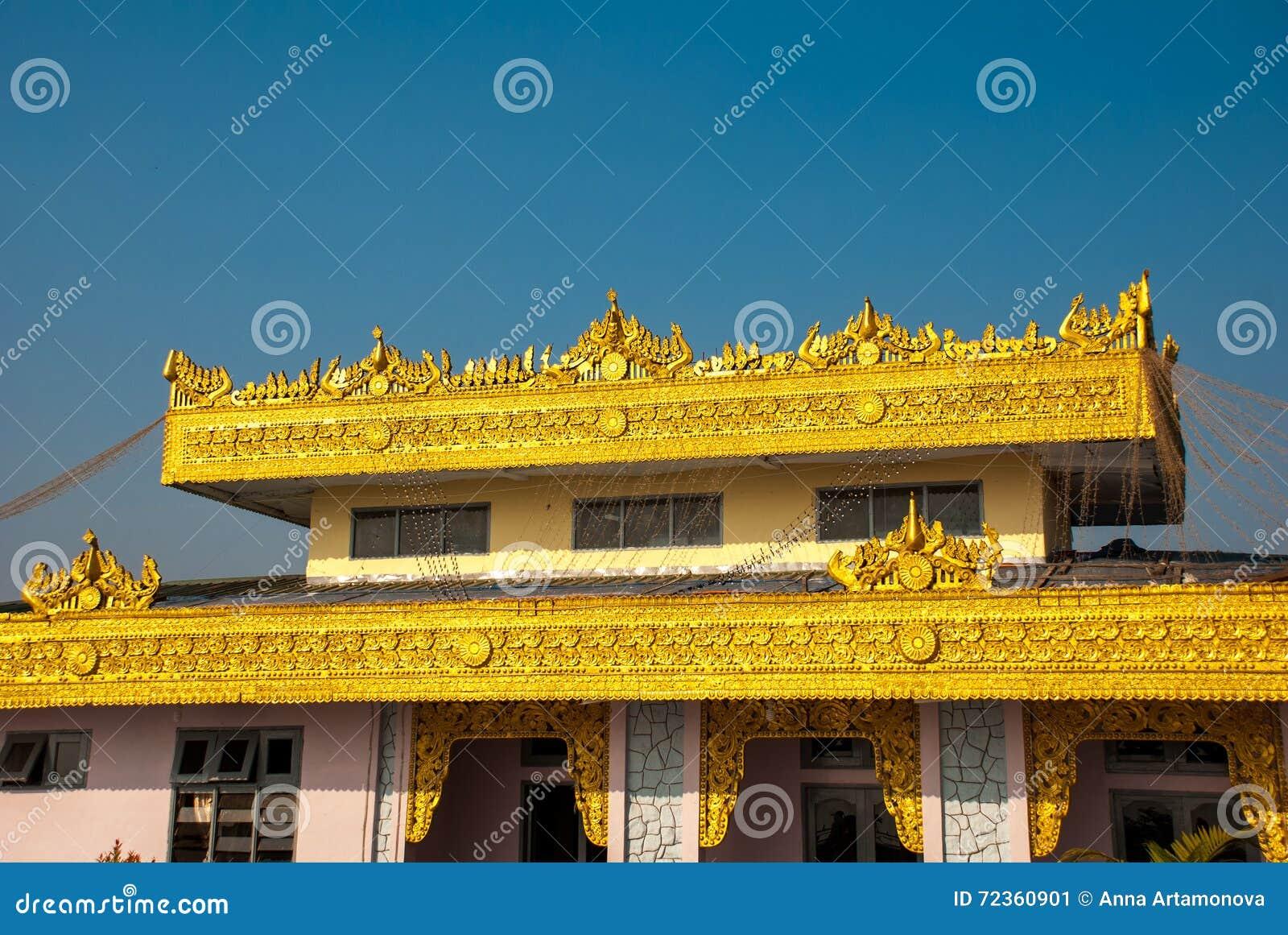 建筑金黄细节 Kyaiktiyo塔 缅甸