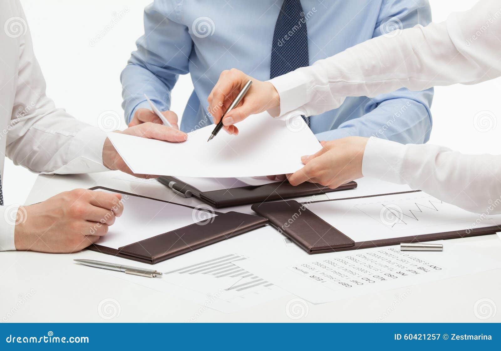 签合同的经理