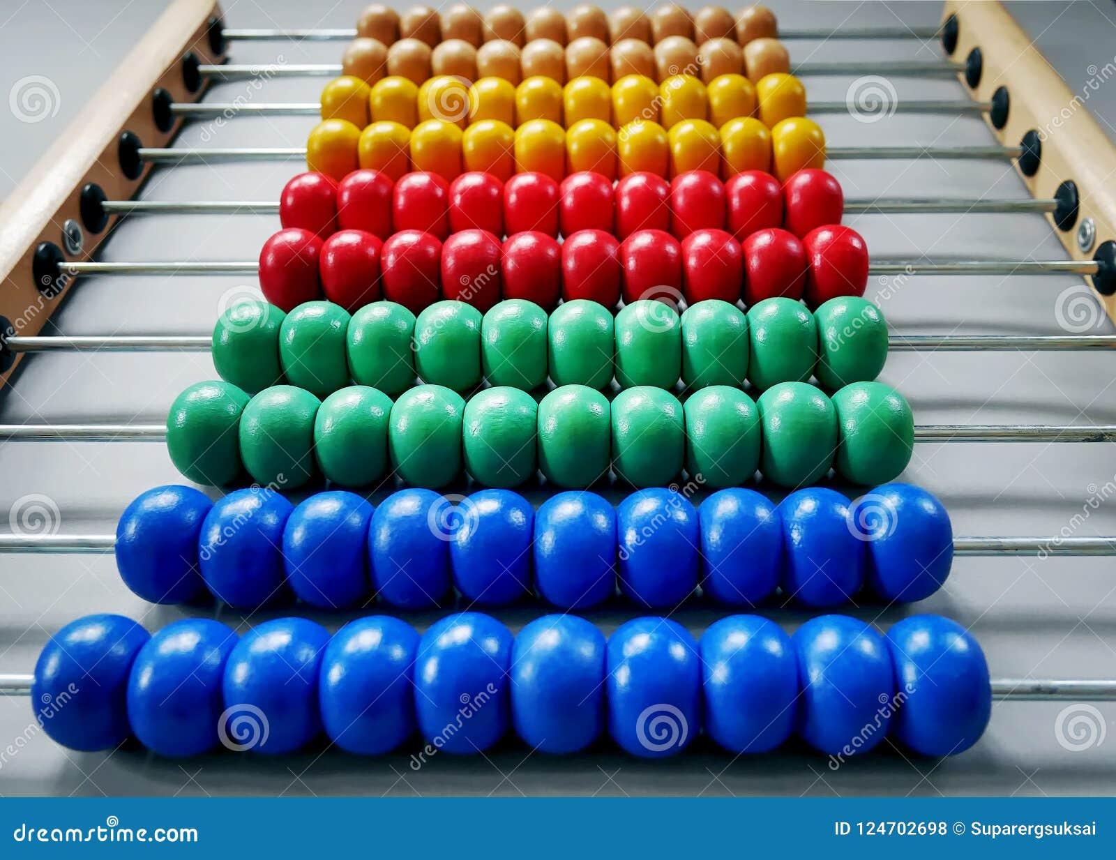 算盘五颜六色的木小珠行孩子的能学会算术