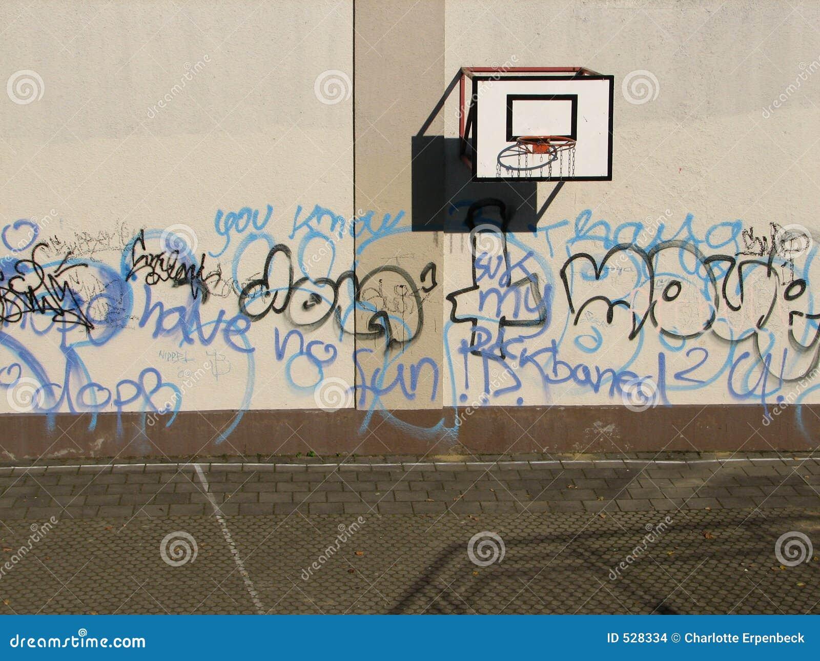 Download 篮球域 库存照片. 图片 包括有 蓝色, 比赛, 墙壁, 灰色, 体育运动, 晴朗, 巴达维亚, 校园, 影子 - 528334