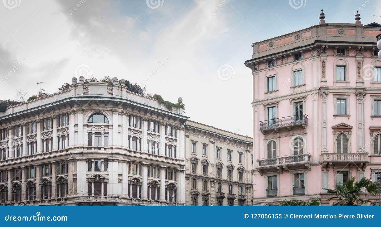米兰的历史的中心的典型的大厦