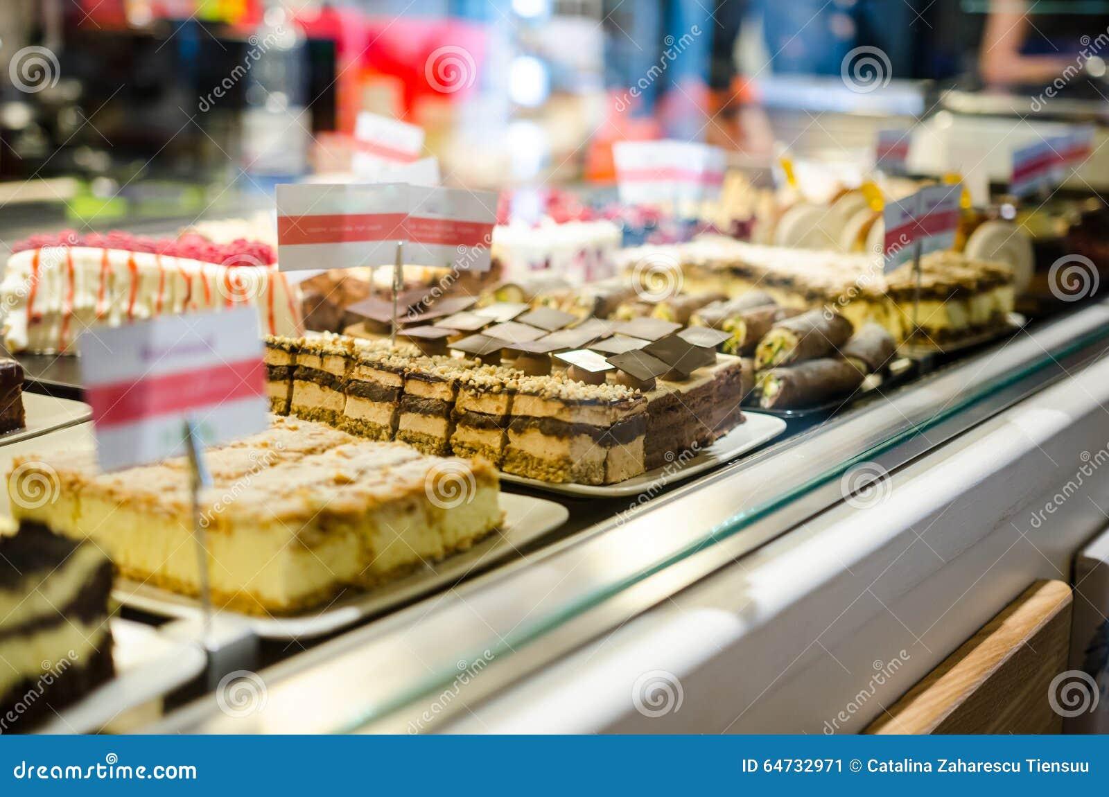 糖果店在结块的显示的商店细节