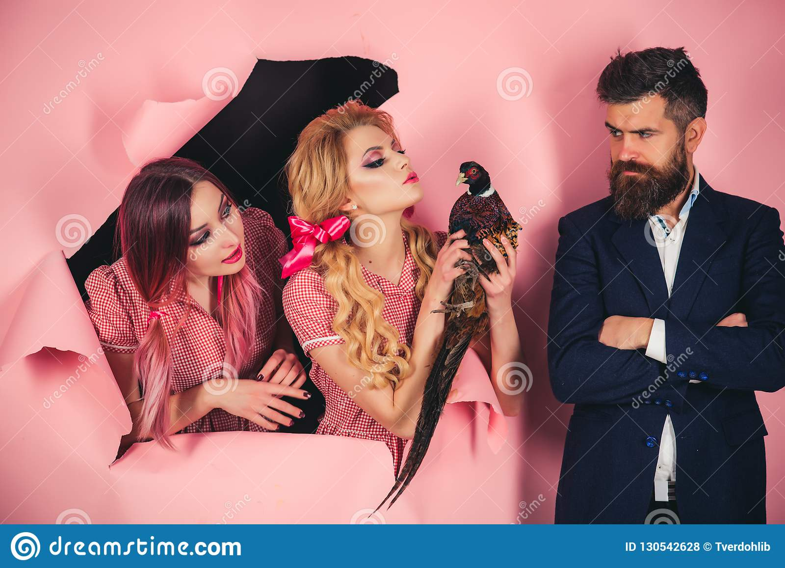 素食主义者 在桃红色的疯狂的夫妇 万圣节 创造性的想法 禽流感 滑稽的广告 葡萄酒人用禽畜