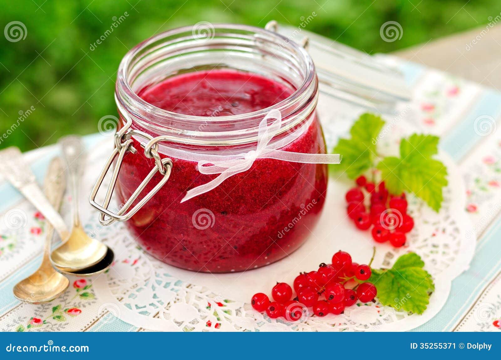 红浆果果酱