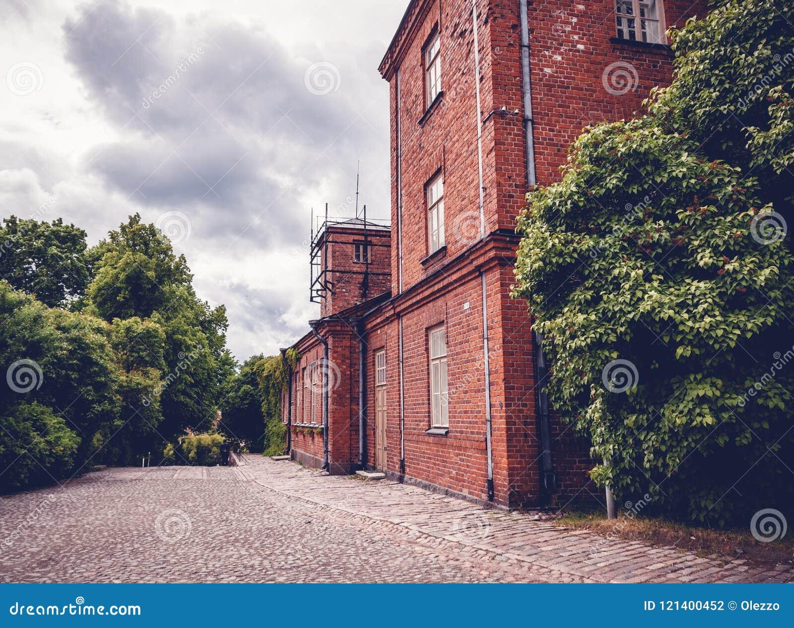 红砖,传统斯堪的纳维亚建筑学大厦,他
