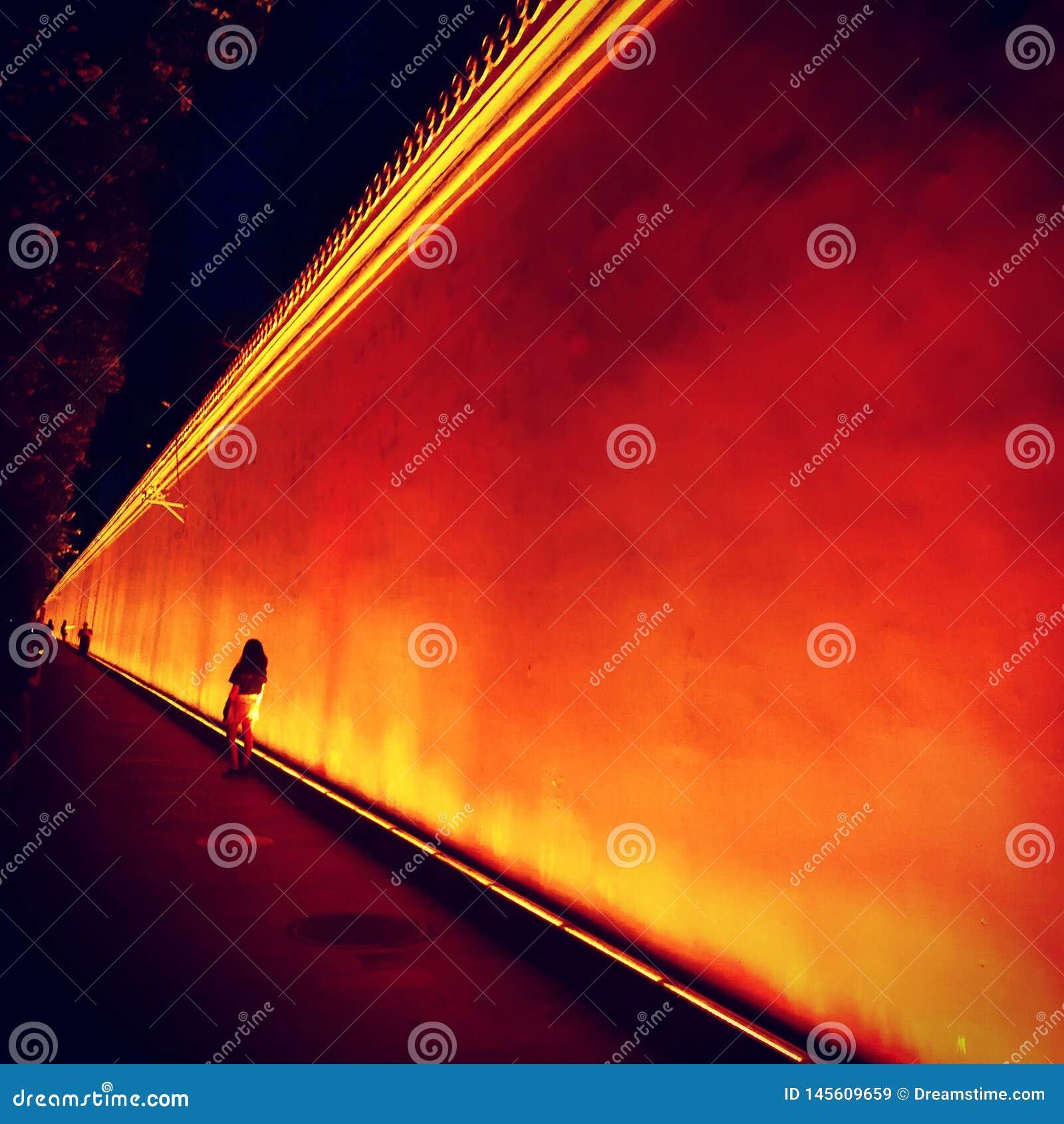 红色历史墙壁在天安门广场