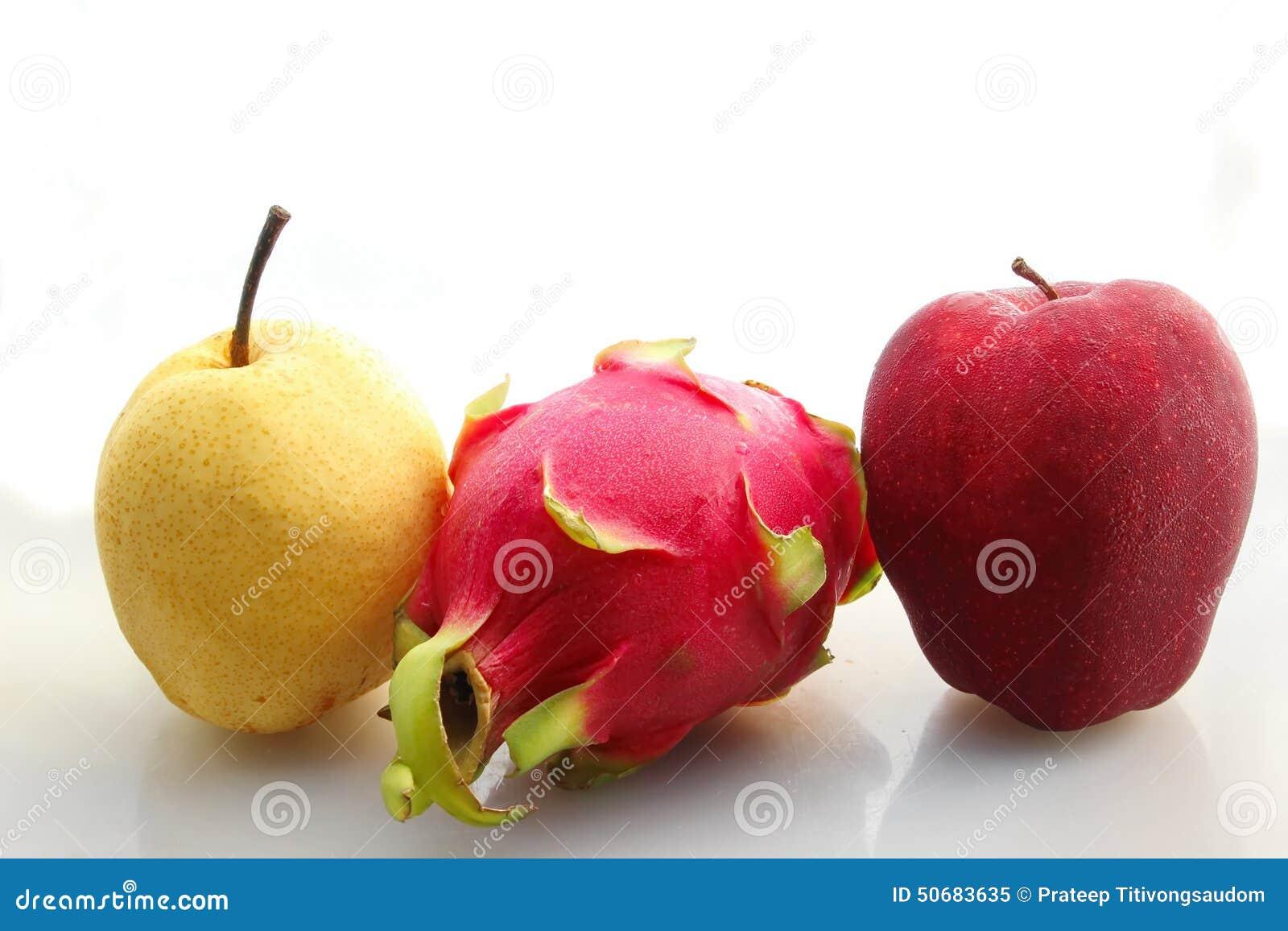 Download 红色苹果pitaya和梨 库存图片. 图片 包括有 空白, 果子, 本质, 食物, 黄色, 红色, 查出 - 50683635