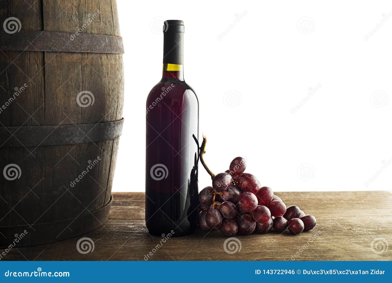 红酒酒瓶有桶背景