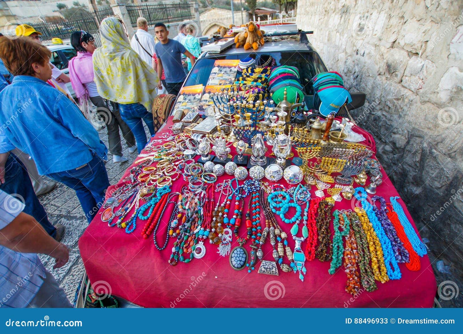 纪念品的卖主在以色列