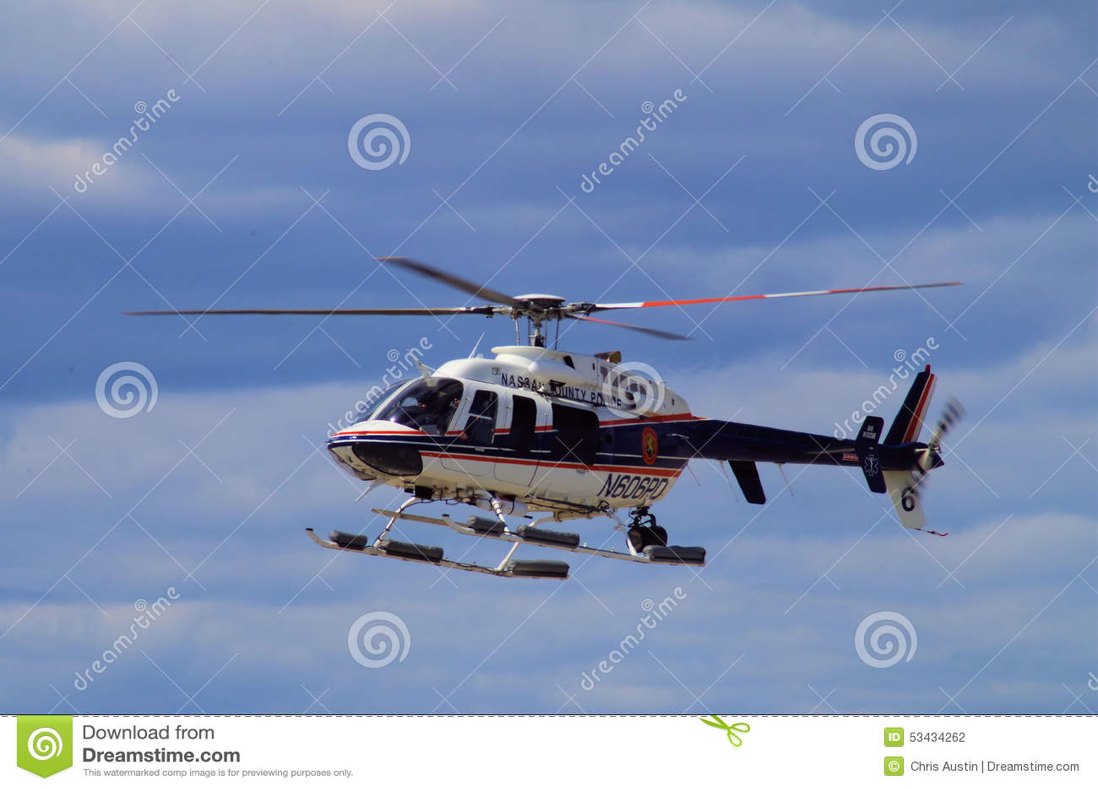 纳苏郡NY警察用直升机
