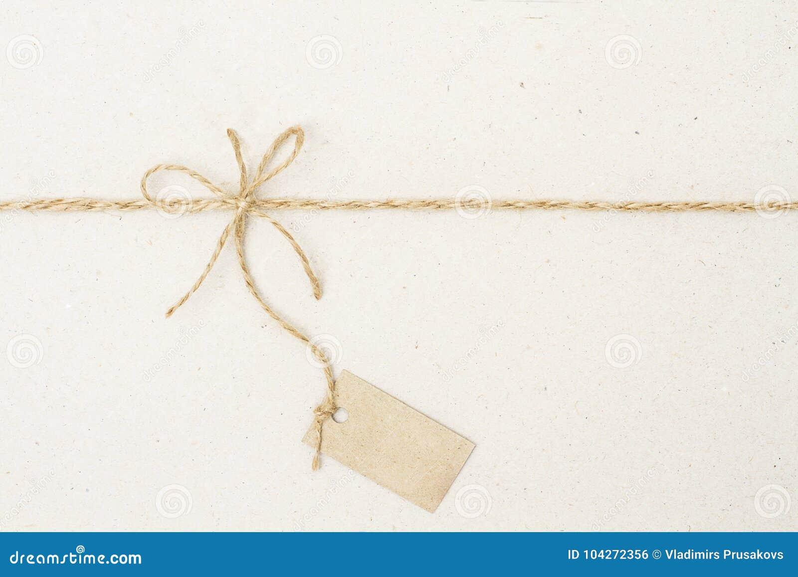 纸标记标签和绳索弓,当前定价装饰
