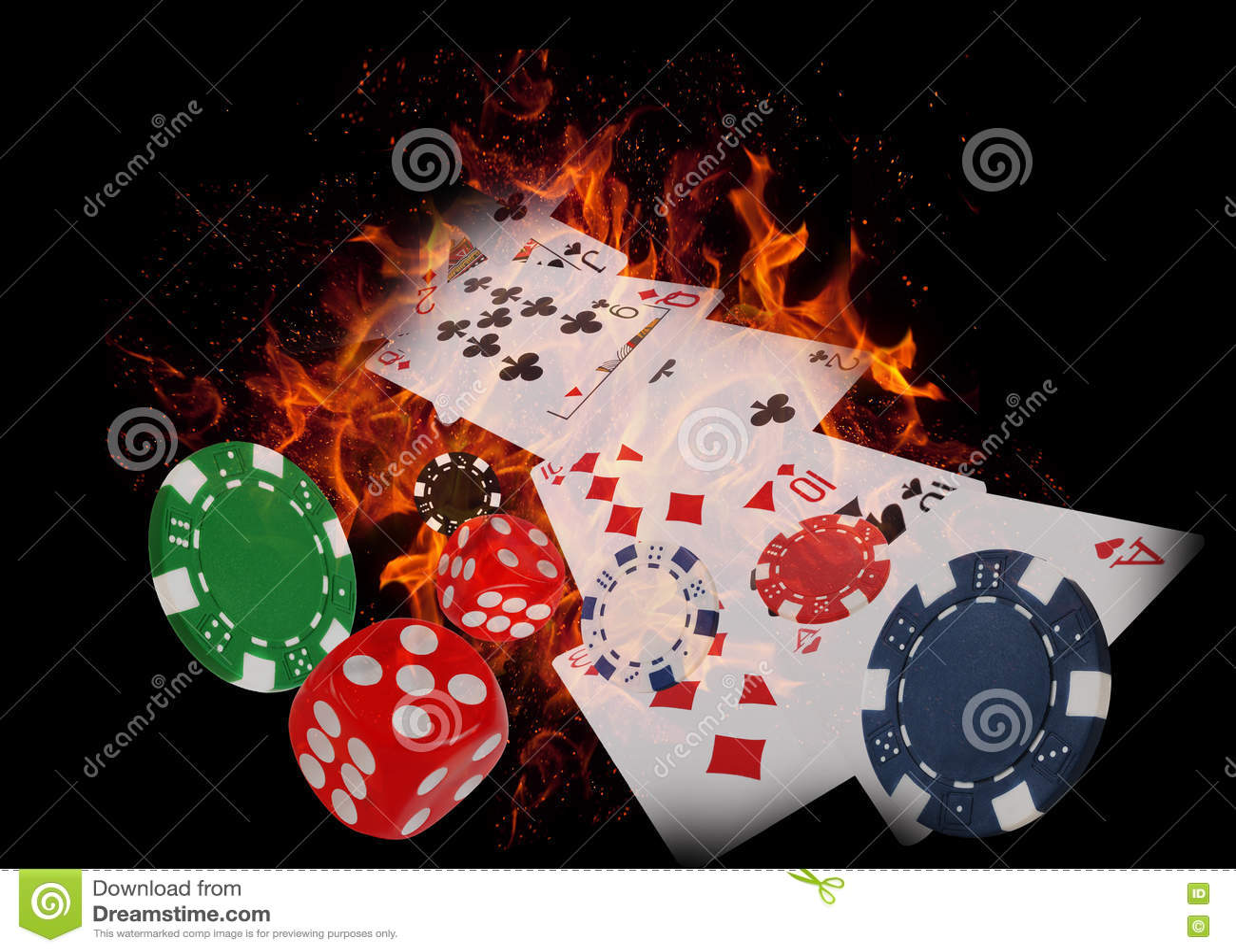 纸牌和赌博娱乐场芯片在火 优胜突破概念双球员啤牌