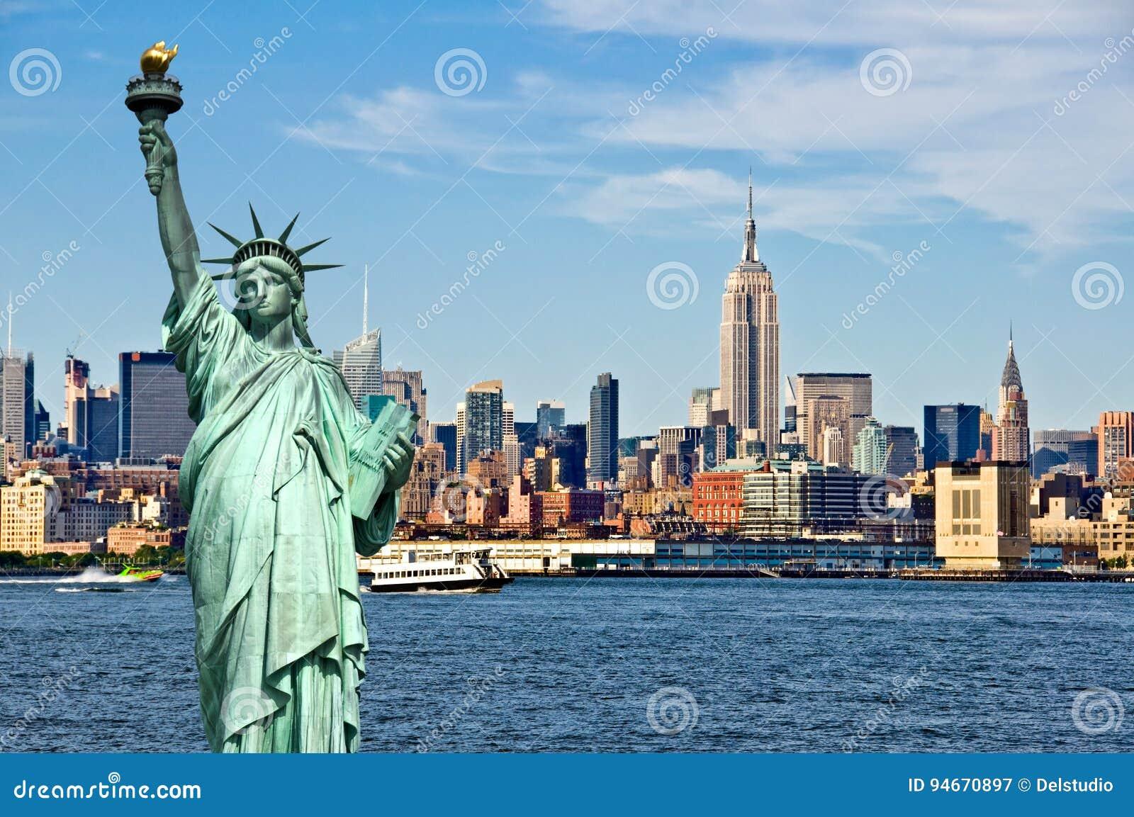 纽约地平线和自由女神像,纽约拼贴画、旅行和旅游业明信片概念