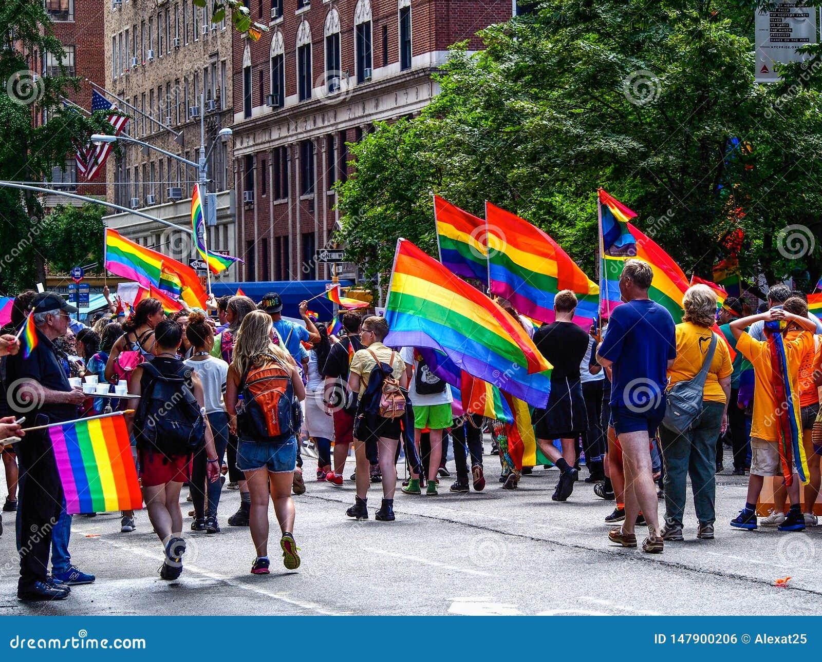纽约,美国-纽约同性恋游行的人们
