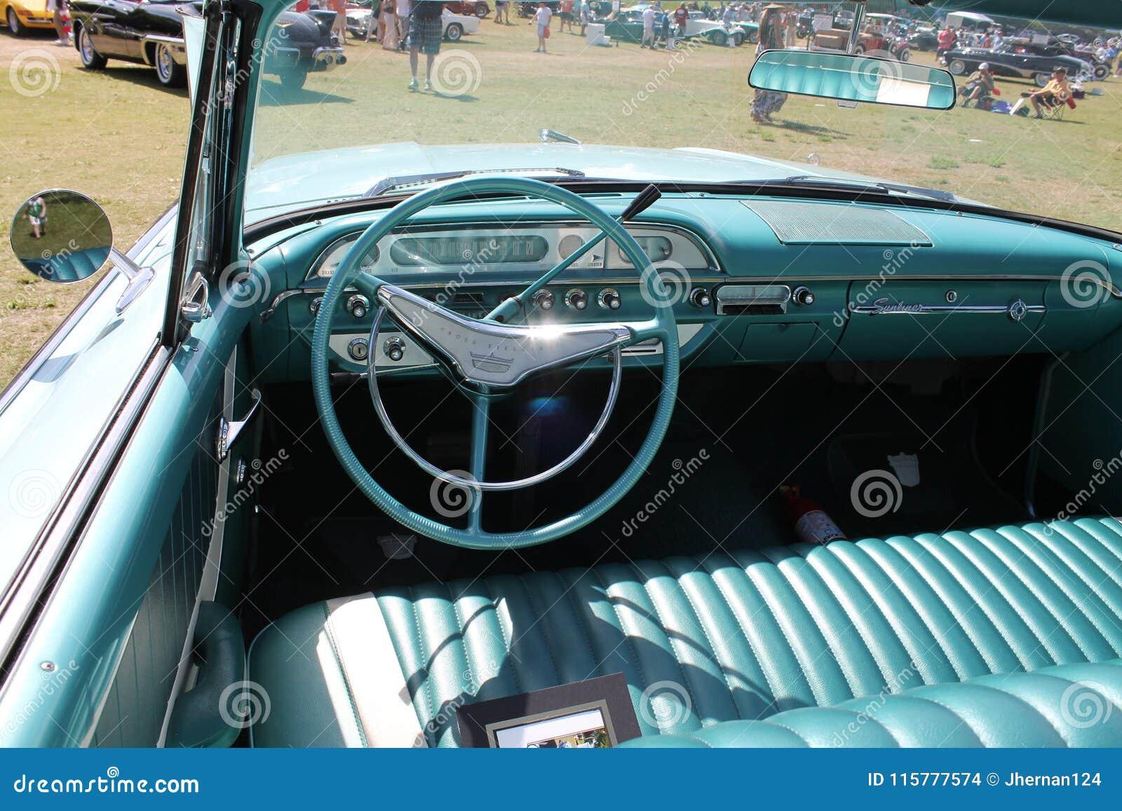 经典豪华敞篷车美国汽车内部