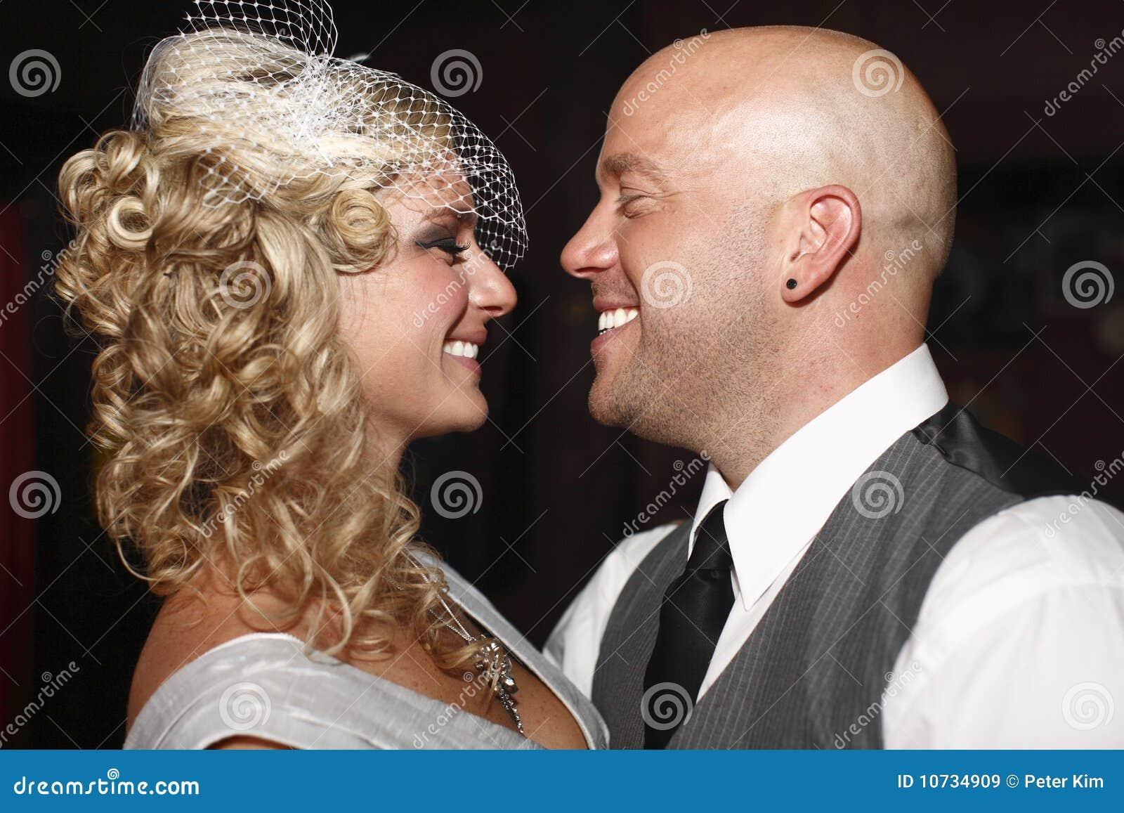 结婚的夫妇