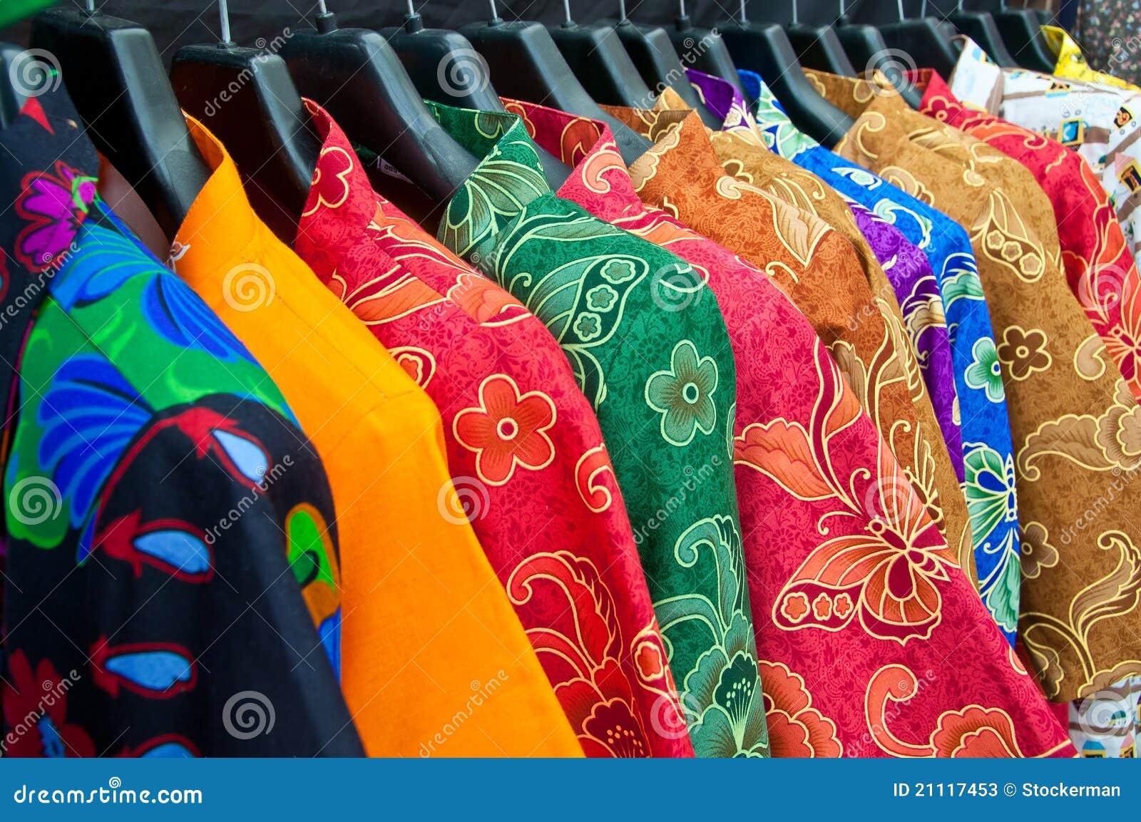 五颜六色的意思_给五颜六色多穿衣的chaina