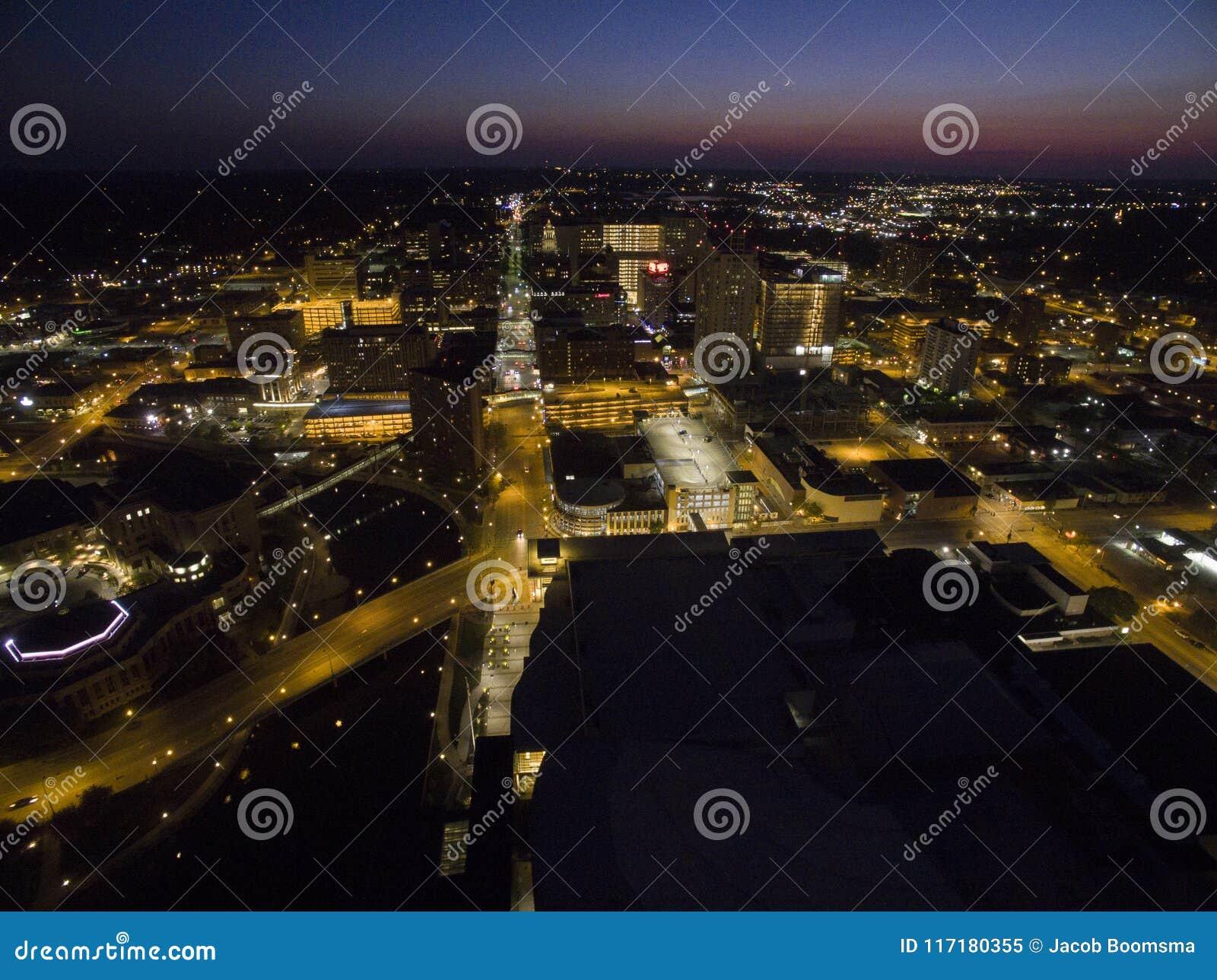 罗切斯特是一个主要城市在医疗保健附近被集中的东南明尼苏达