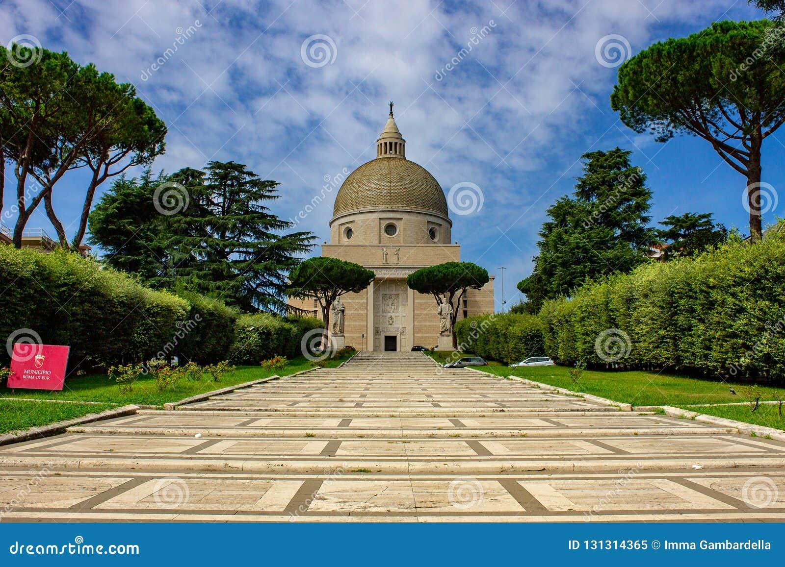 罗马、圣皮特圣徒・彼得和保罗的大教堂Eur