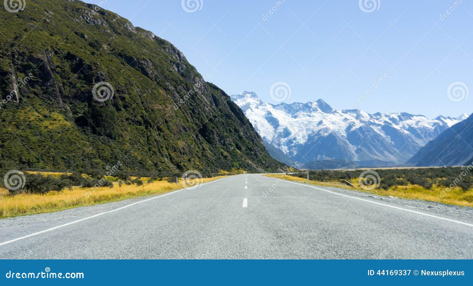 路_新西兰阿尔卑斯和路自然风景.