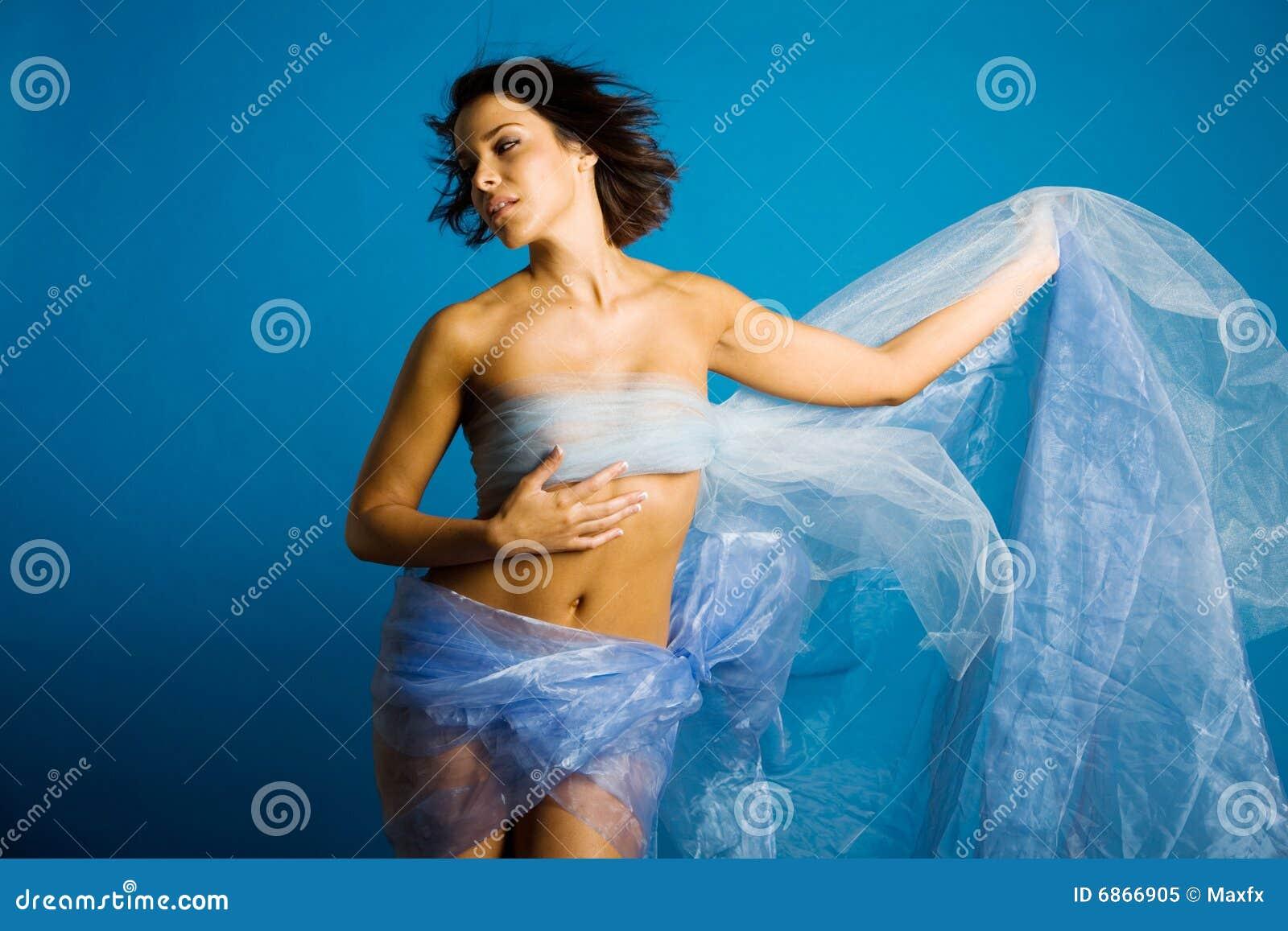 美丽的丝绸妇女