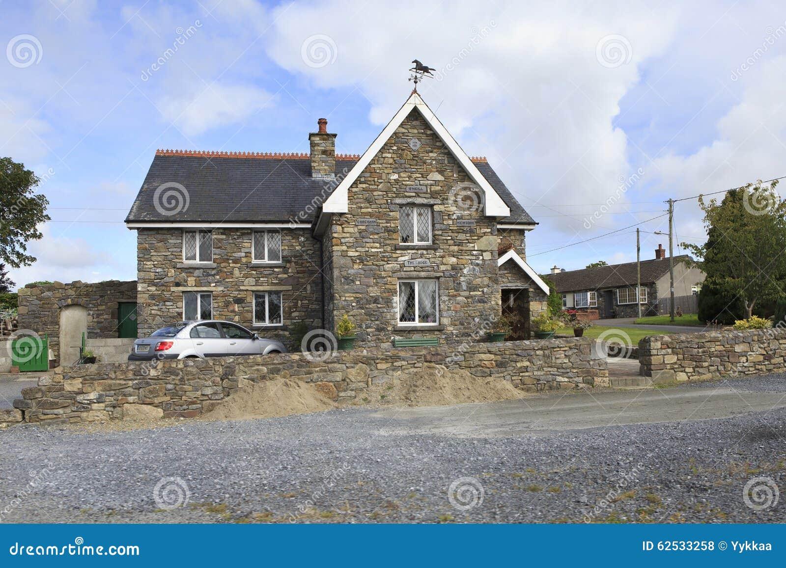 美丽的住宅乡间别墅在爱尔兰