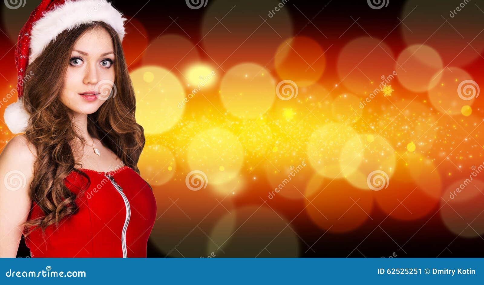 美丽的圣诞老人女孩