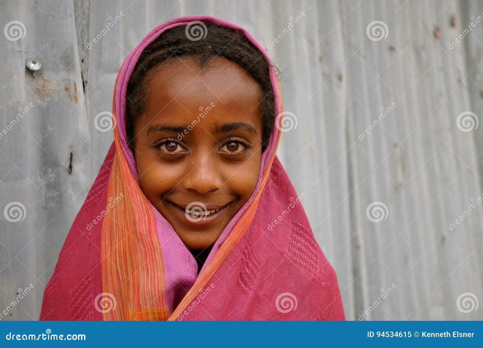 美丽的埃赛俄比亚的女孩