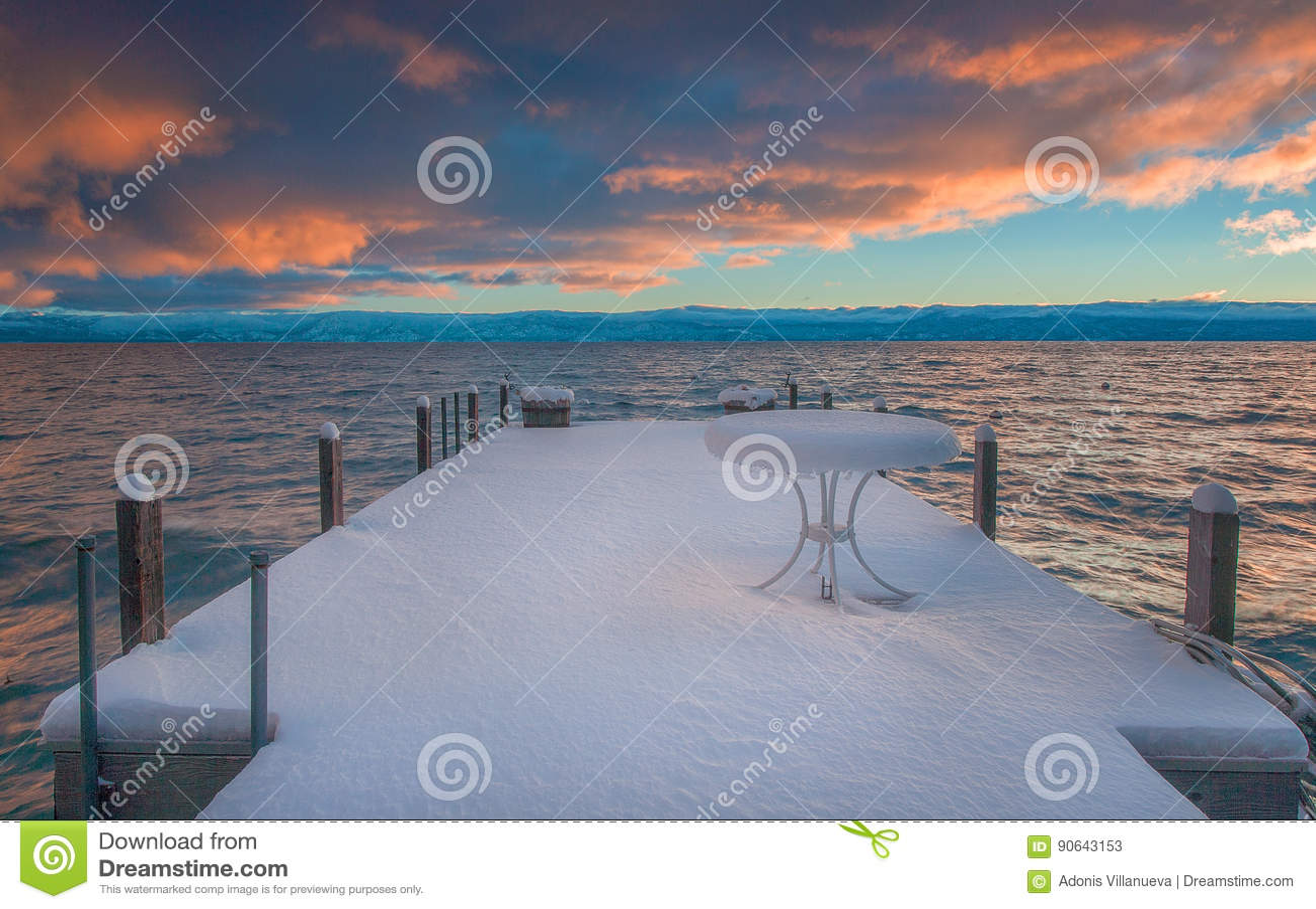 美丽的太浩湖加利福尼亚