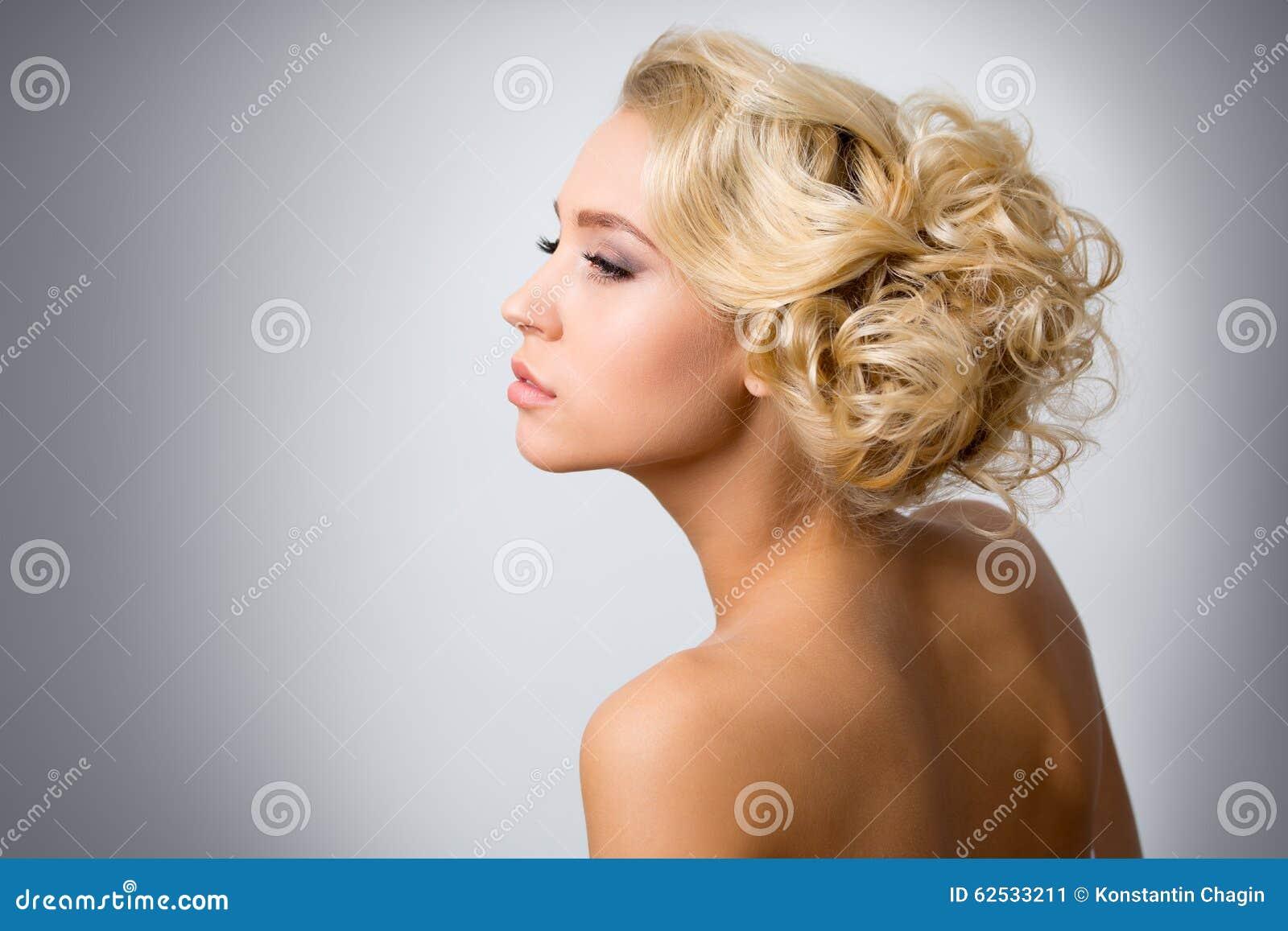 美丽的性感的妇女