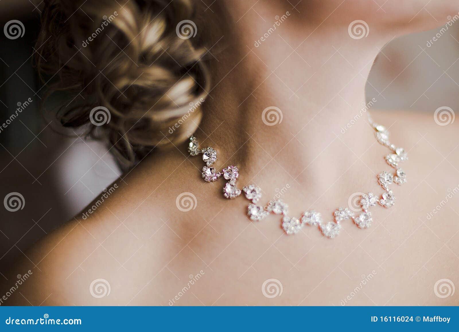 美丽的新娘项链