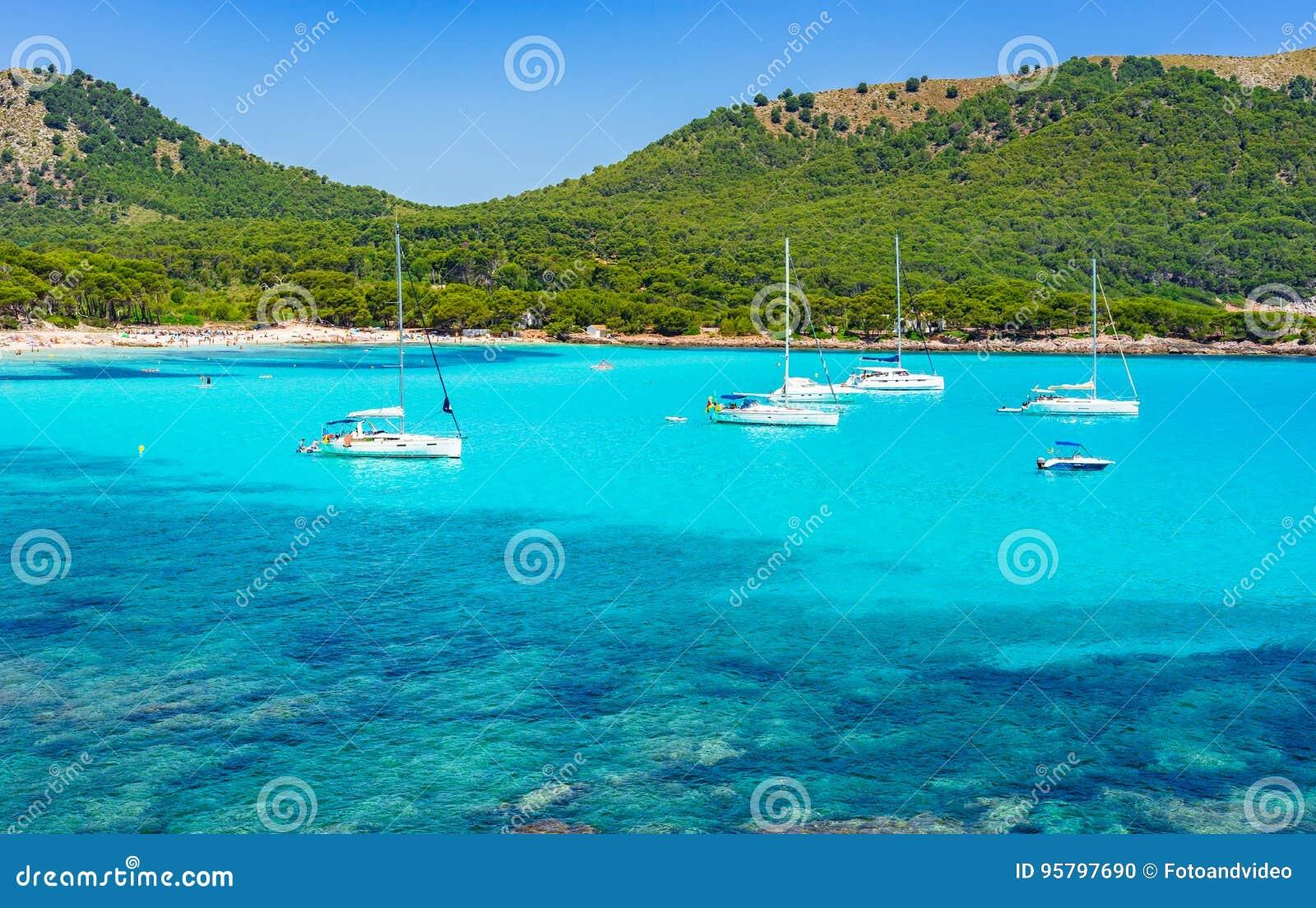 美丽的海湾海滩Cala Agulla马略卡西班牙地中海