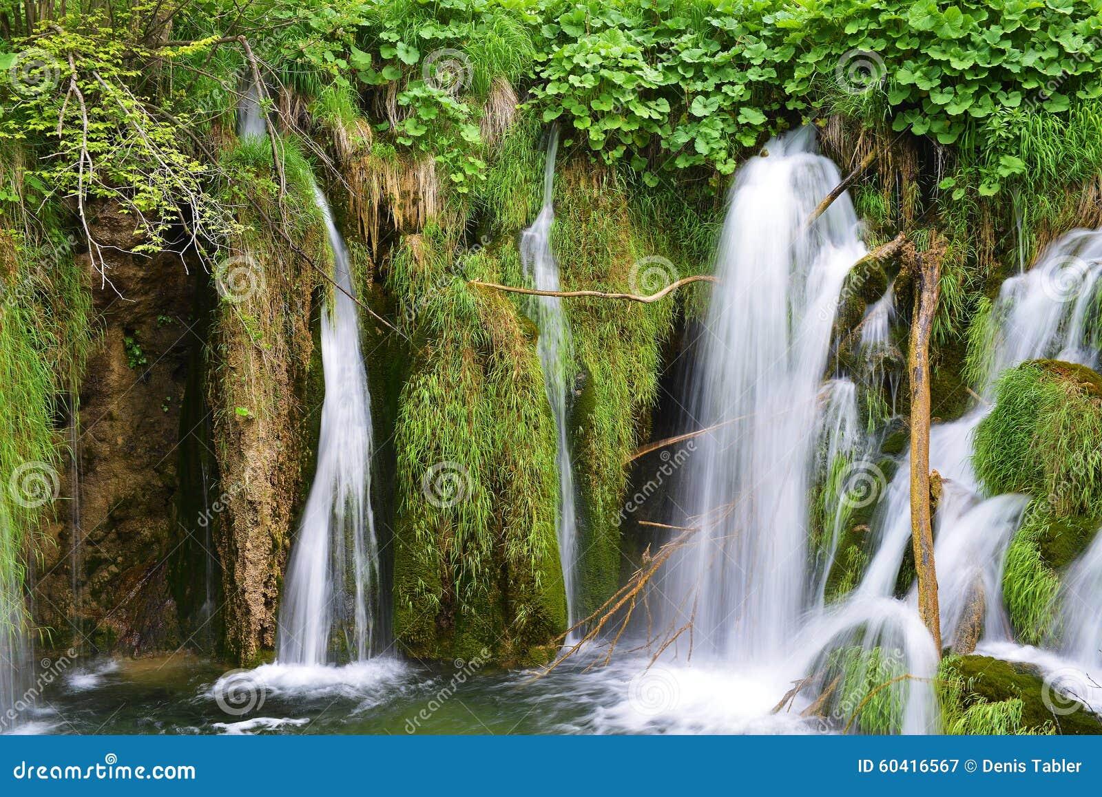 美丽的瀑布