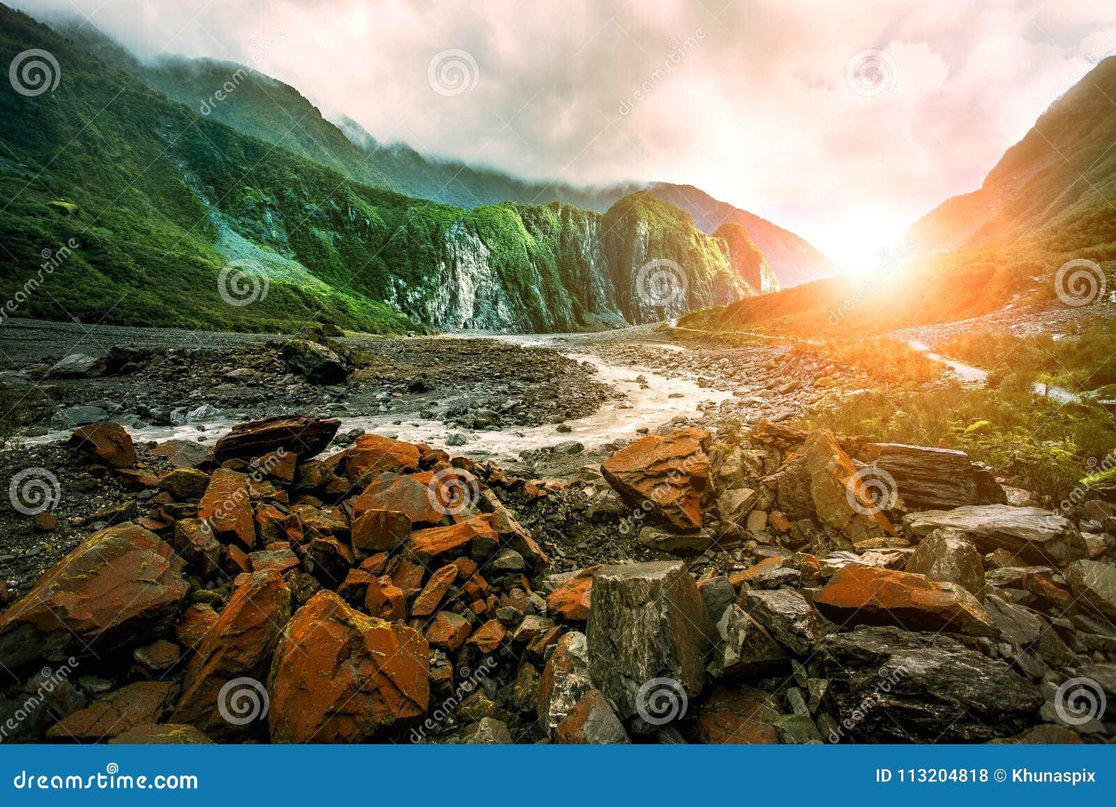 美丽风景狐狸冰川西海岸南方新西兰