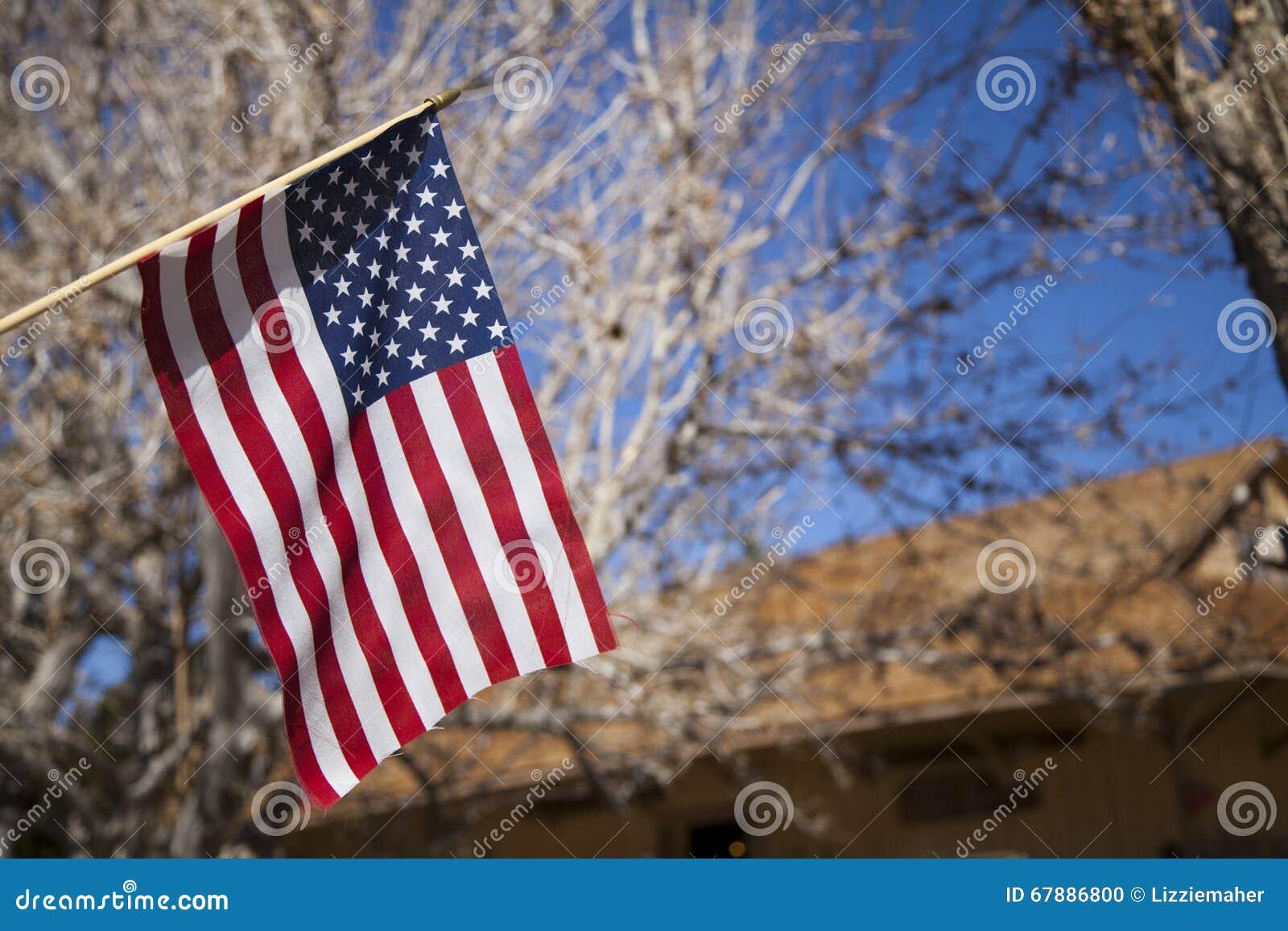 美国国旗飞行