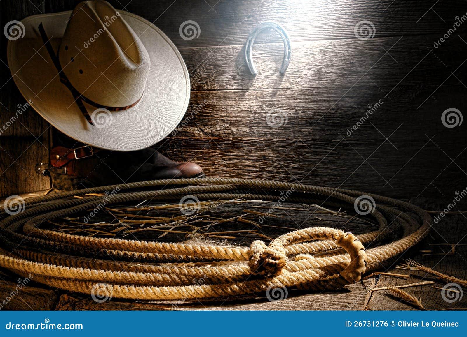 美国西方圈地牛仔套索套索在谷仓