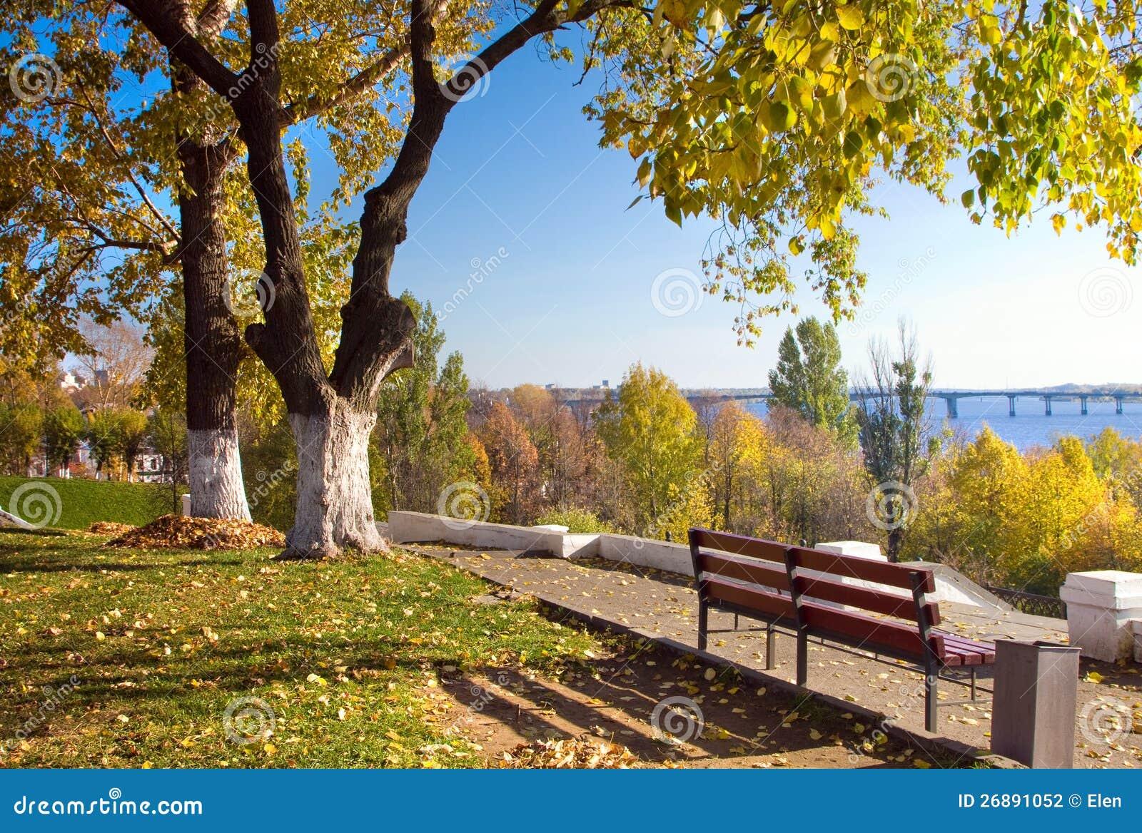 美好的本质,秋天在城市