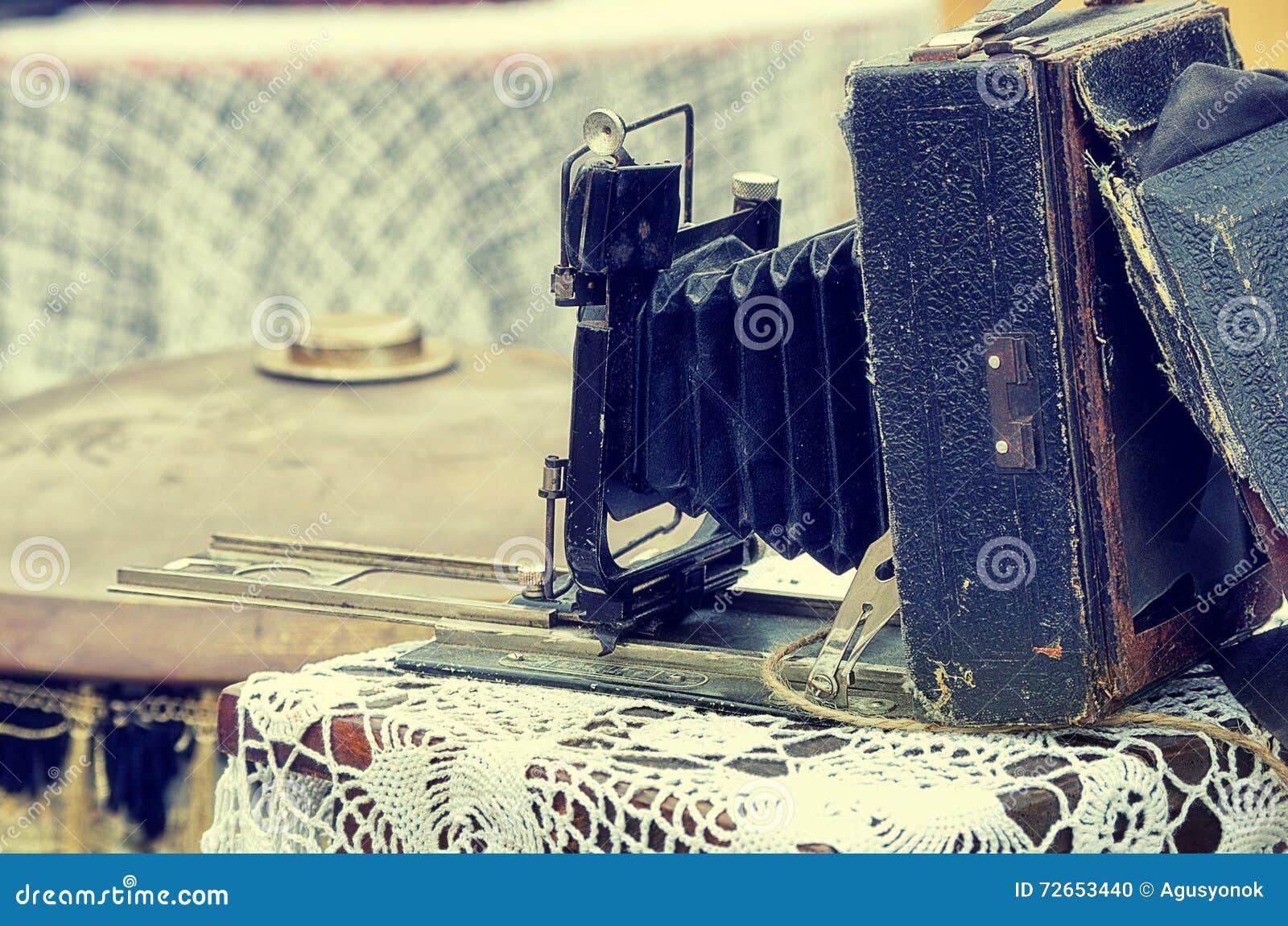 老减速火箭的对象仿古照片照相机,葡萄酒图象减速火箭的样式作用