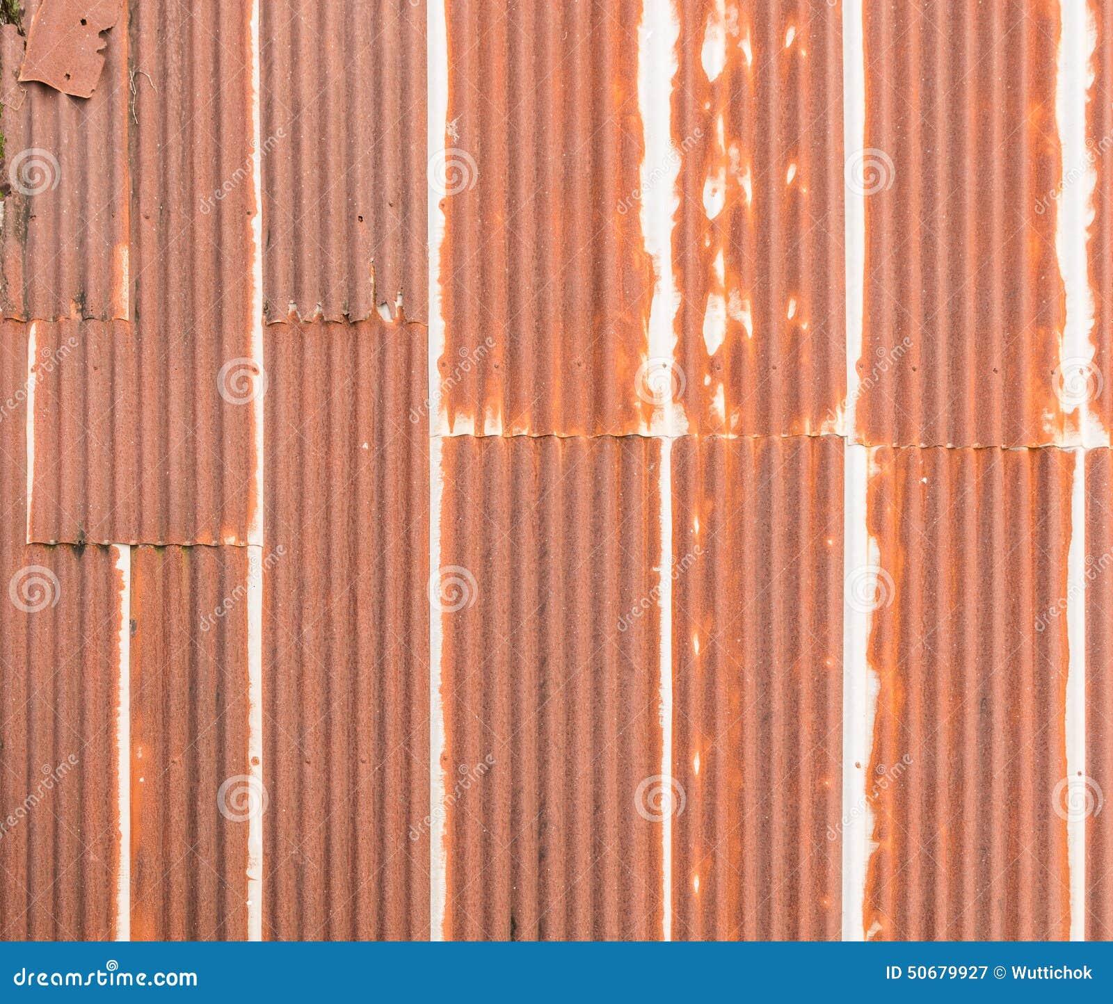 Download 老屋顶老生锈的被镀锌的钢 库存图片. 图片 包括有 红色, 线路, 建筑, 油漆, 凹线, 内部, 抽象 - 50679927