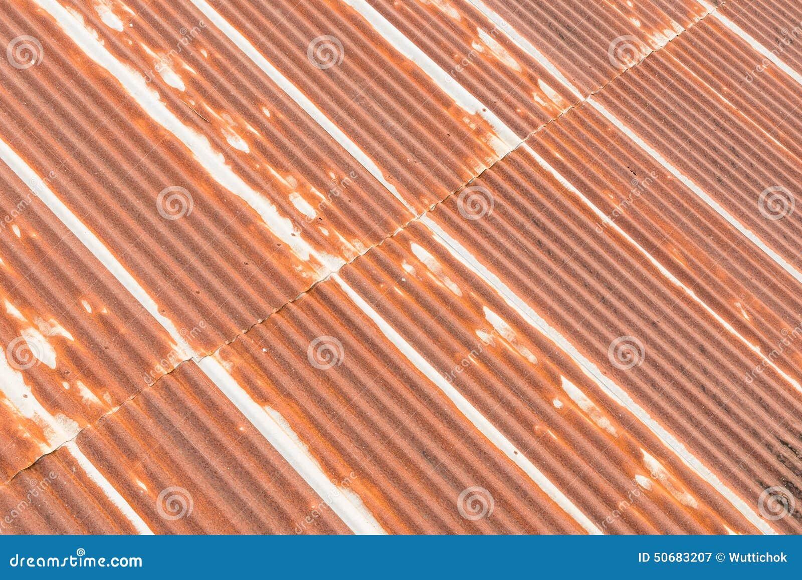 Download 老屋顶老生锈的被镀锌的钢 库存图片. 图片 包括有 拱道, 范围, 外部, 橙色, 油漆, 建筑, 模式 - 50683207