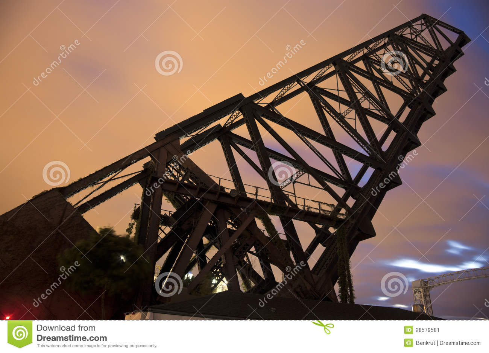老桥梁在克利夫兰