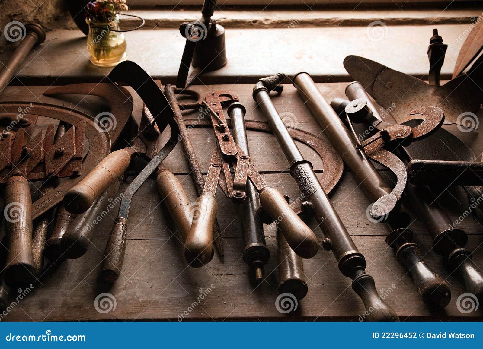 老生锈的工具