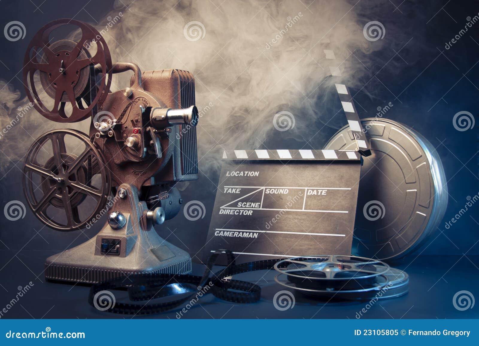 电影_老电影放映机和电影对象