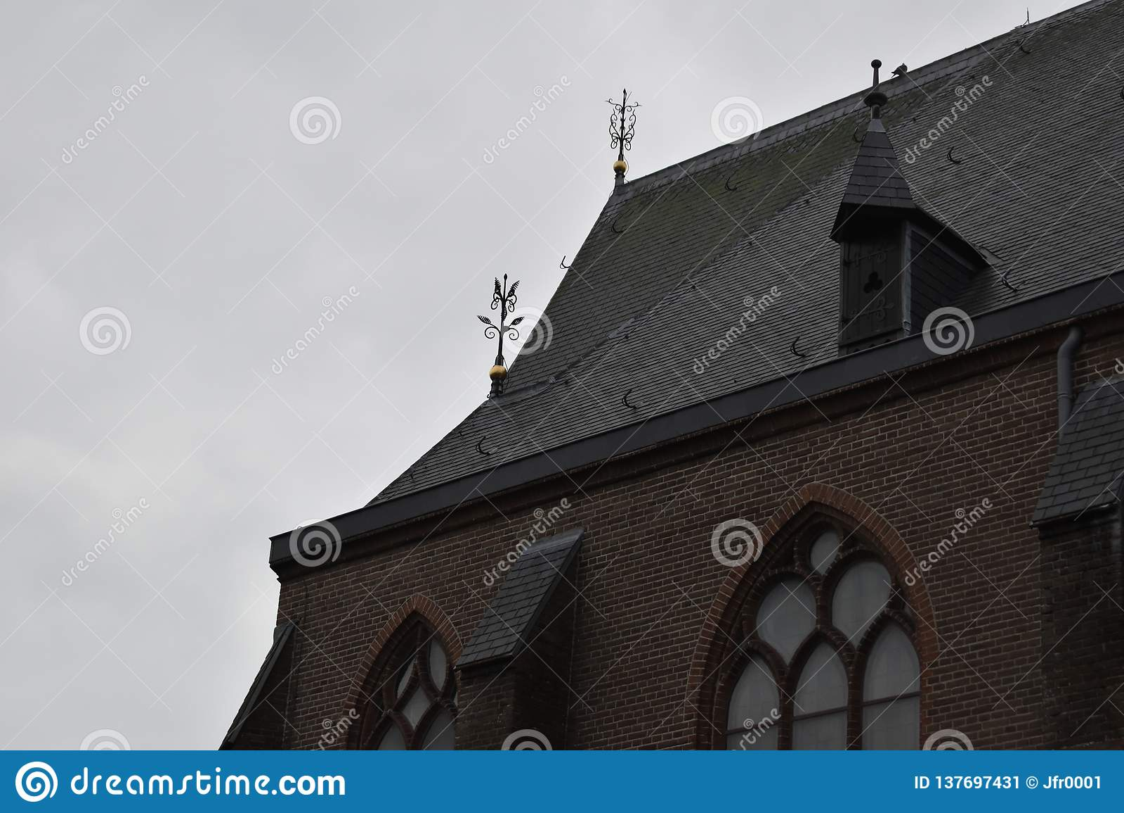 老荷兰教会在一个小村庄