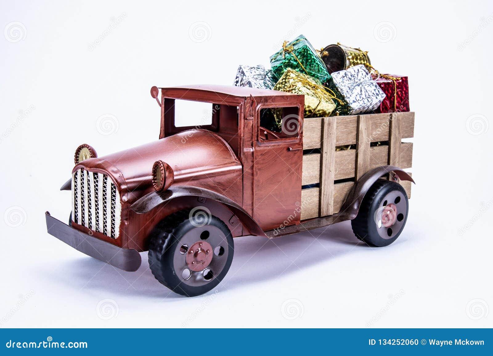 老葡萄酒玩具卡车