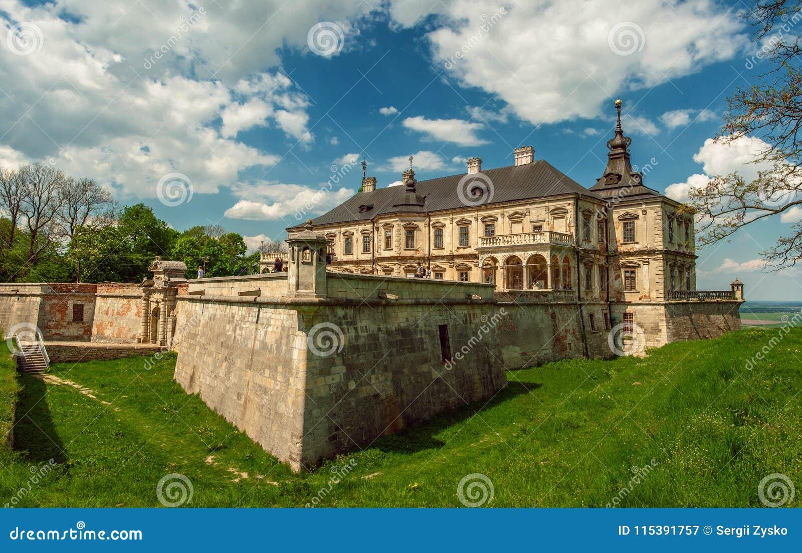老Pidhirtsi城堡,村庄Podgortsy,利沃夫州地区,乌克兰