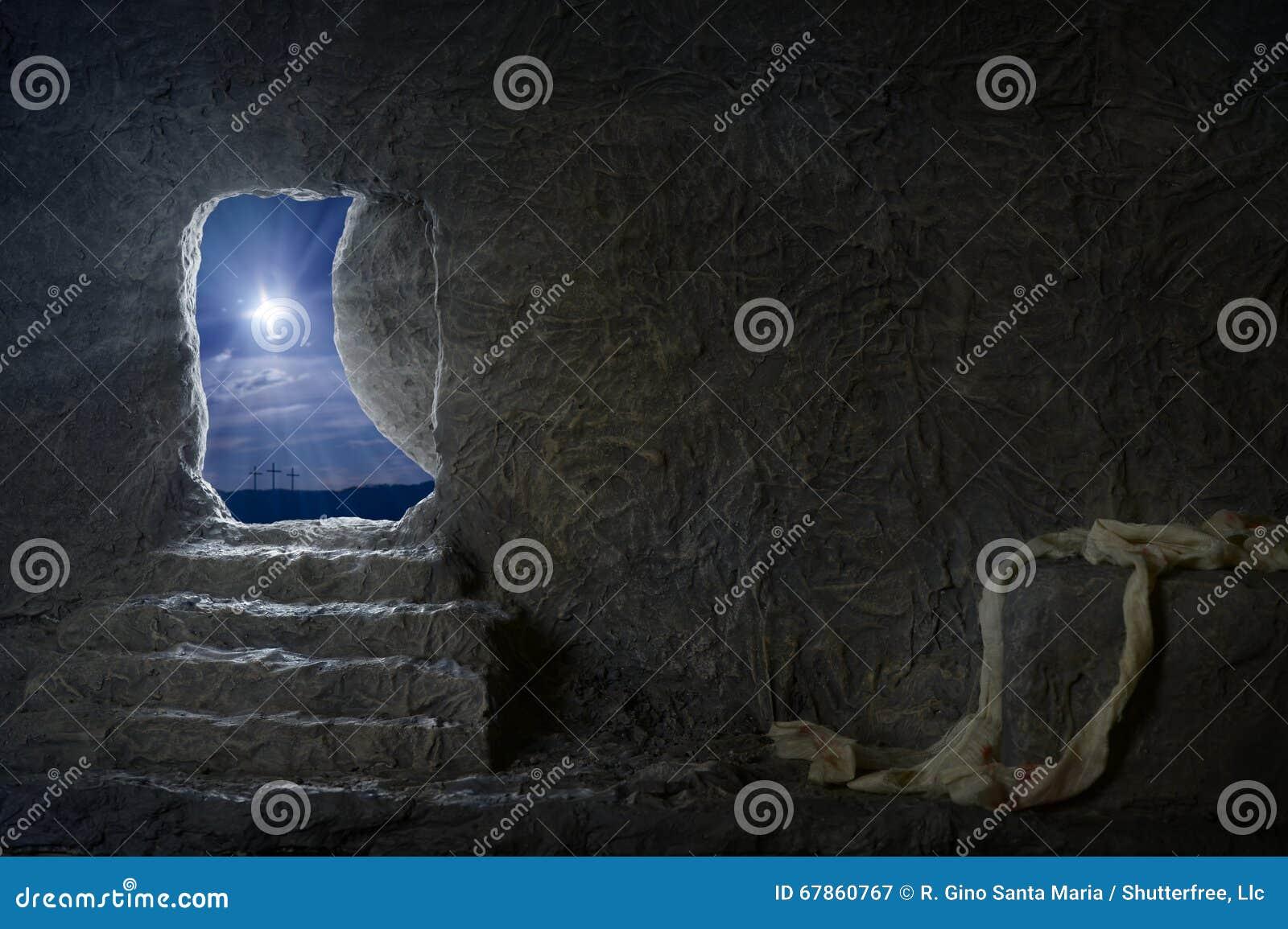 耶稣空的坟茔在晚上